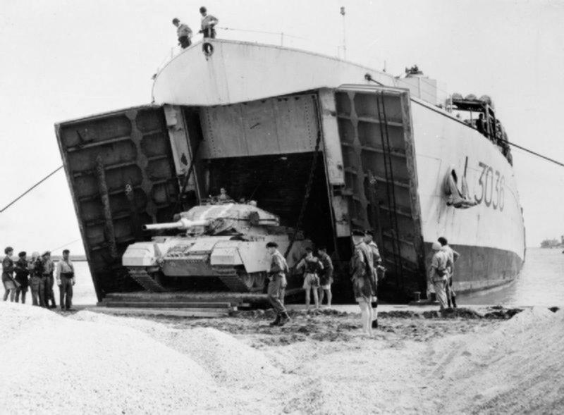 1956_British_tanks.jpg