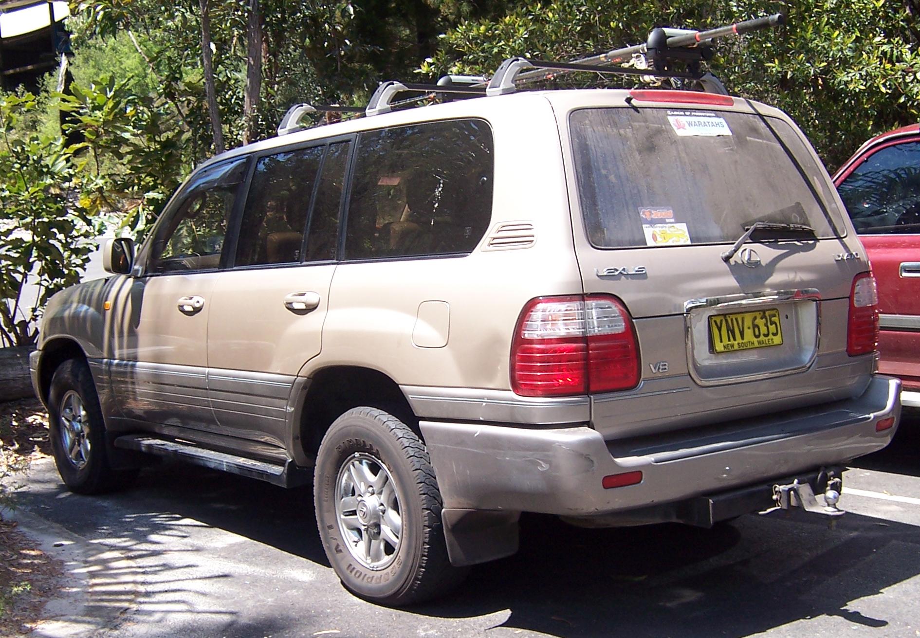 File1998 2002 lexus lx 470 uzj100r wagon 02g wikimedia commons file1998 2002 lexus lx 470 uzj100r wagon 02g publicscrutiny Gallery