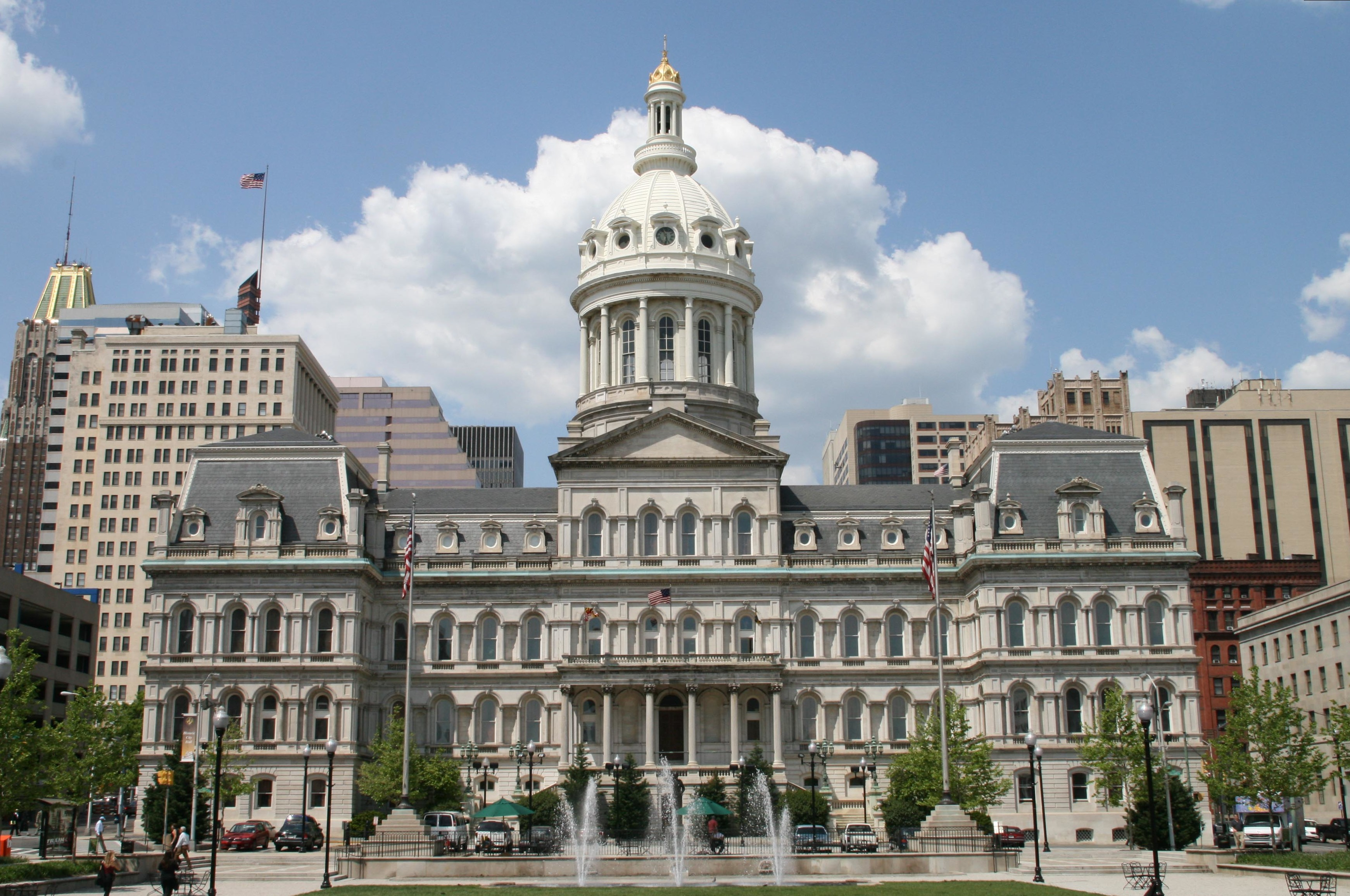 By Marylandstater (en:Image:1city hall baltimore.jpg) [Public domain