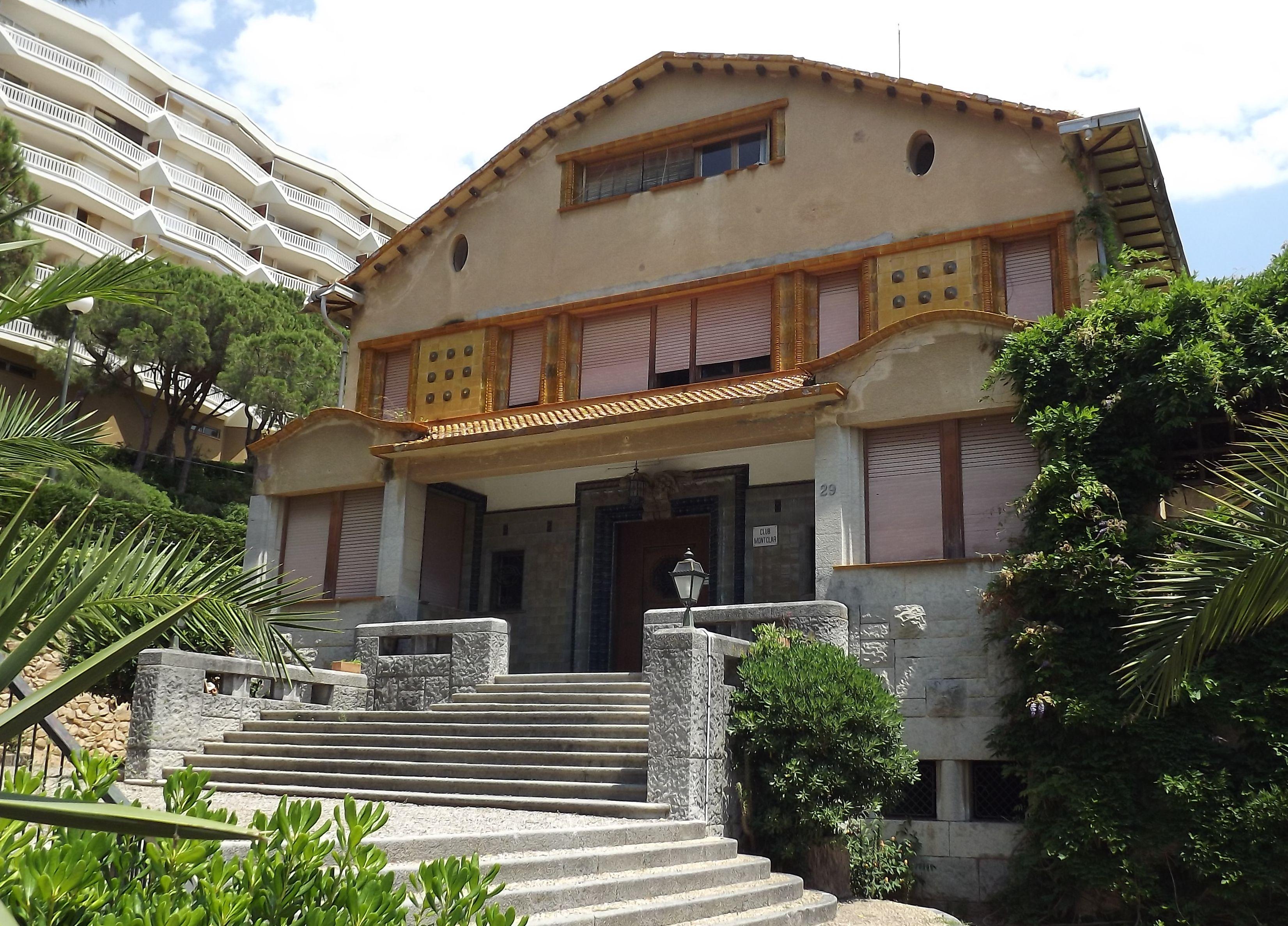 Casas en fachadas de casas modernas fachadas modernas de for Casas modernas wikipedia