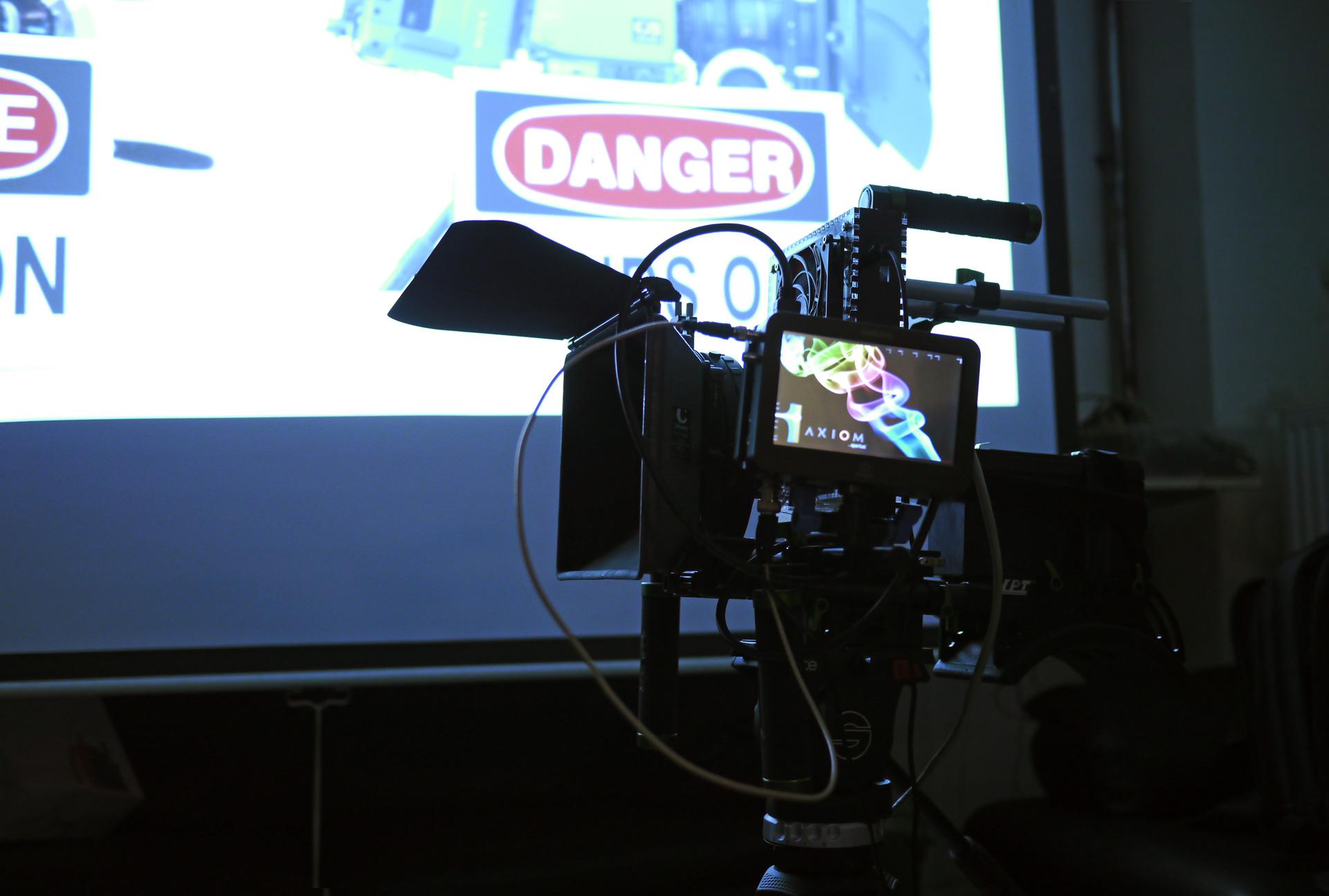 AXIOM (camera) - Wikipedia