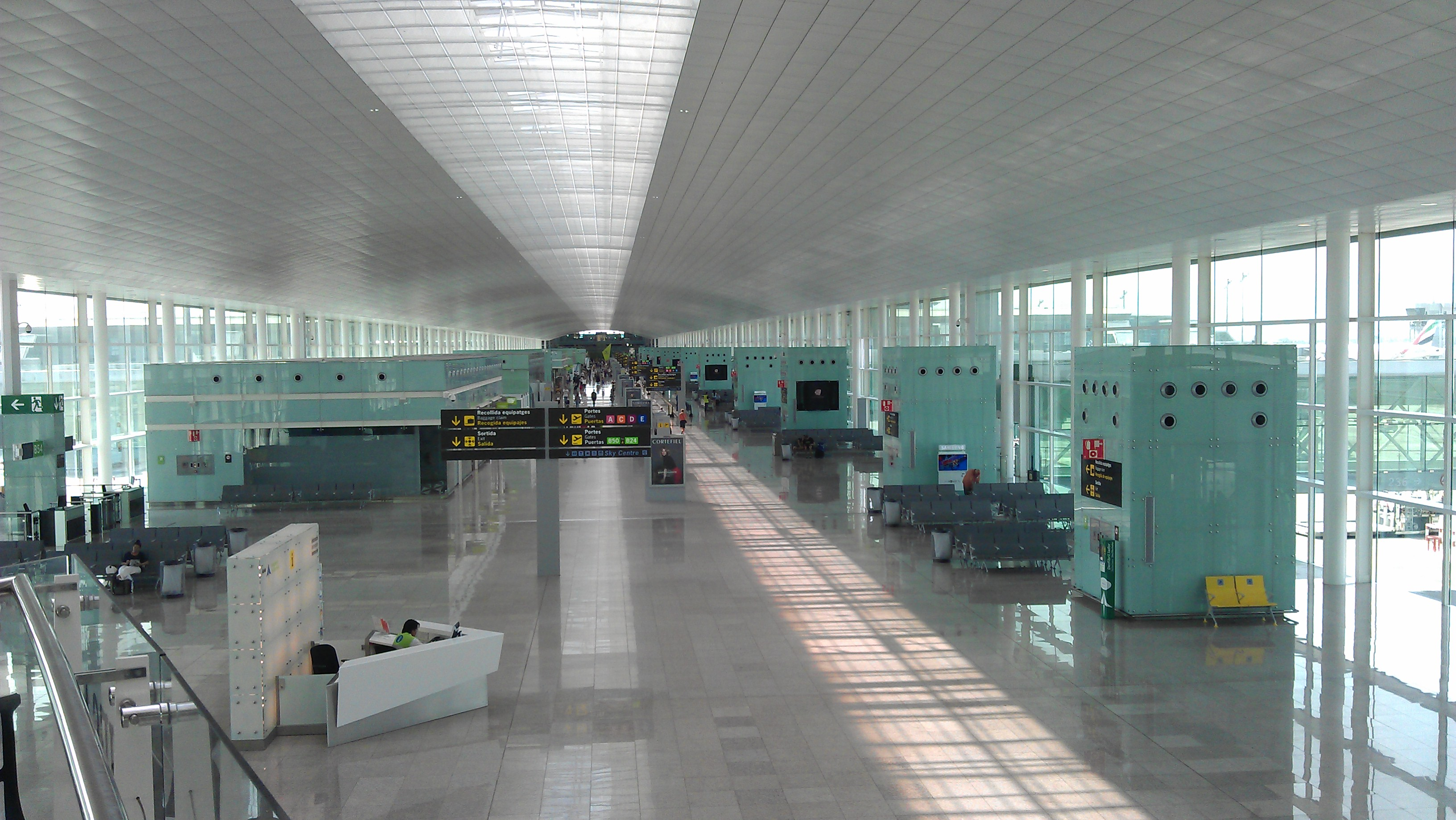 Barcelona Airport To Avenida Palace Hotel
