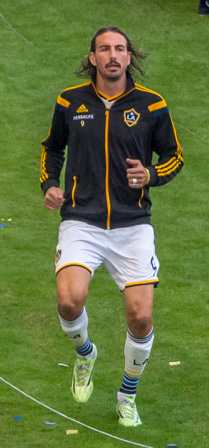 Alan Gordon warming up 2014 (cropped).jpg