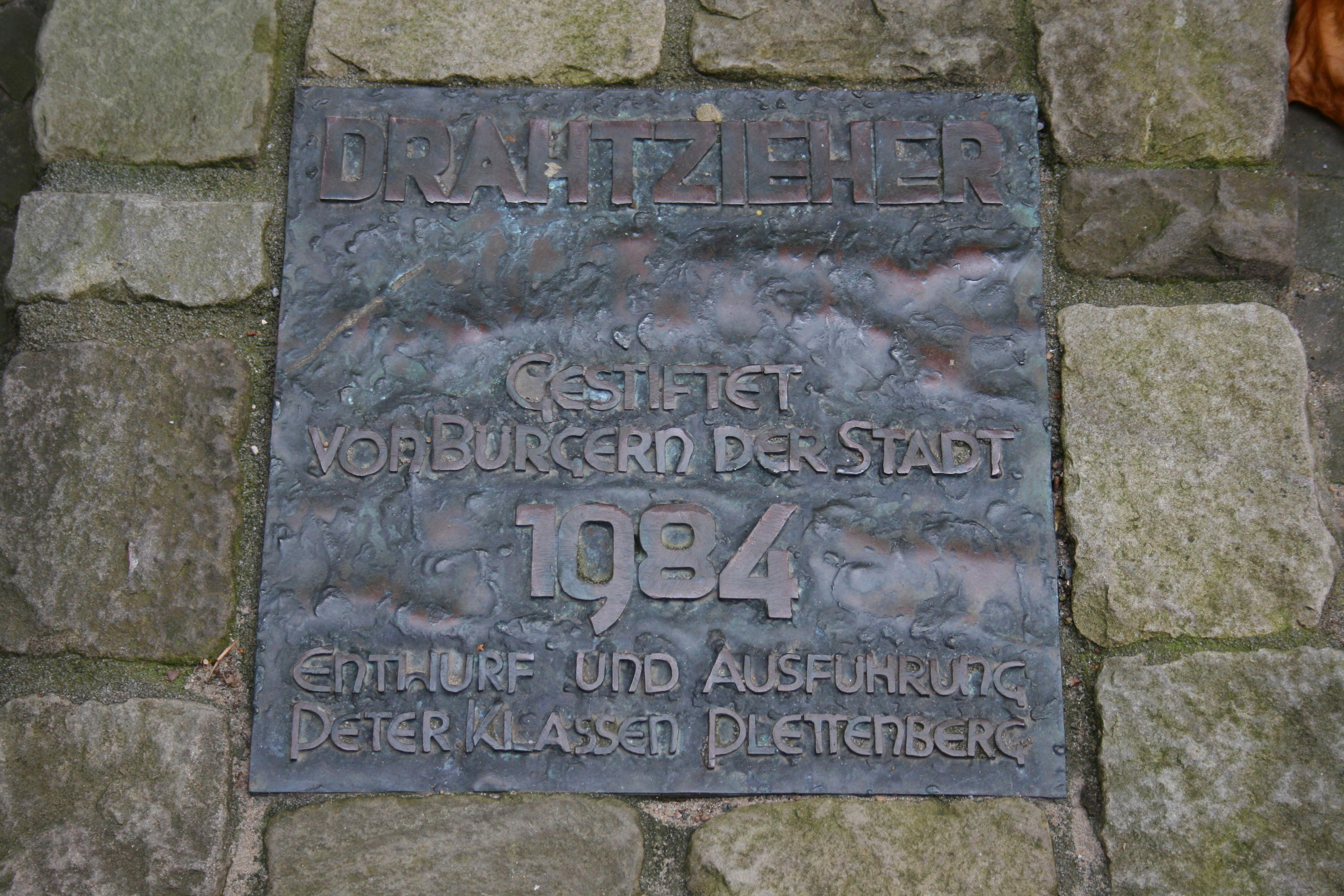 File:Altena - Jägerplatz - Drahtzieher 04 ies.jpg - Wikimedia Commons
