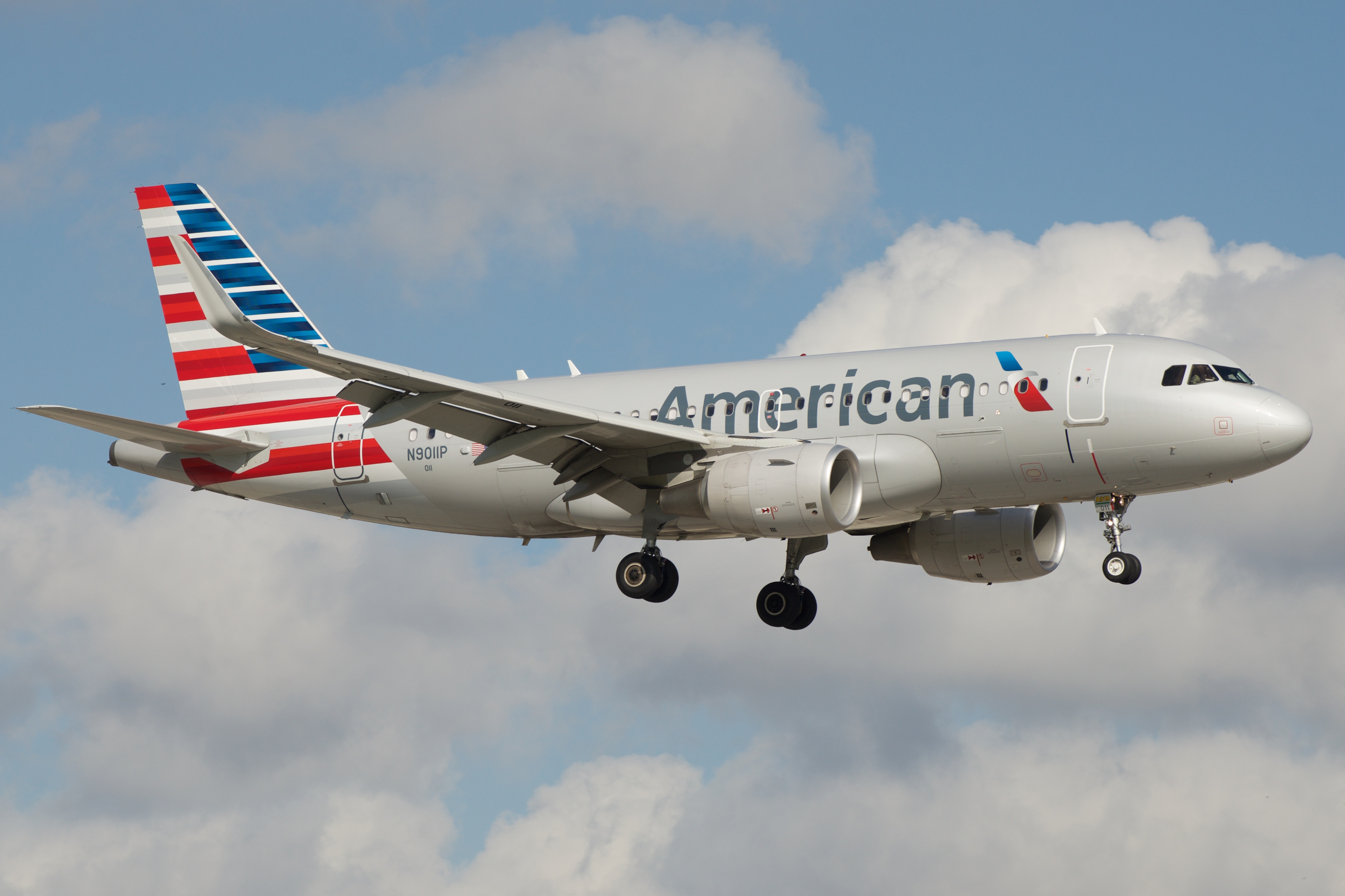 Pack Carry Full Vacation besides Wow Air Biz Seat Review A330 A320 moreover Boeing 777 besides Ministerio Personal Escuela Sabatica as well The Most Efficient Airlines Delta Beats American Airlines United. on spirit airlines