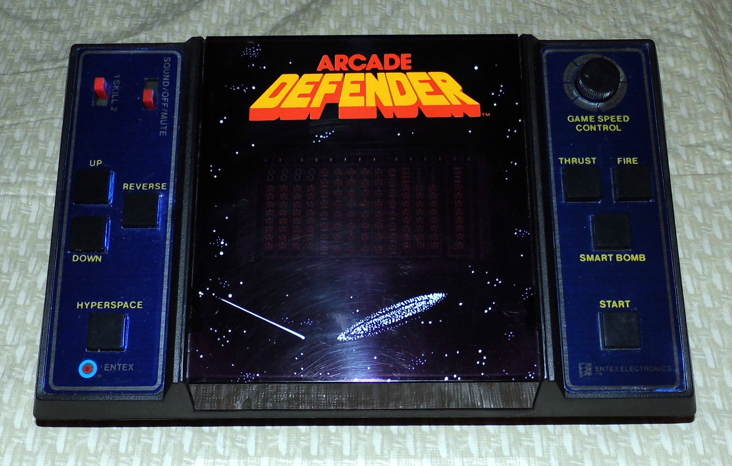 Vintage Arcade Games >> File:Arcade Defender, Made by Entex Industries, Inc., Made in Taiwan, Copyright 1981 (LED ...