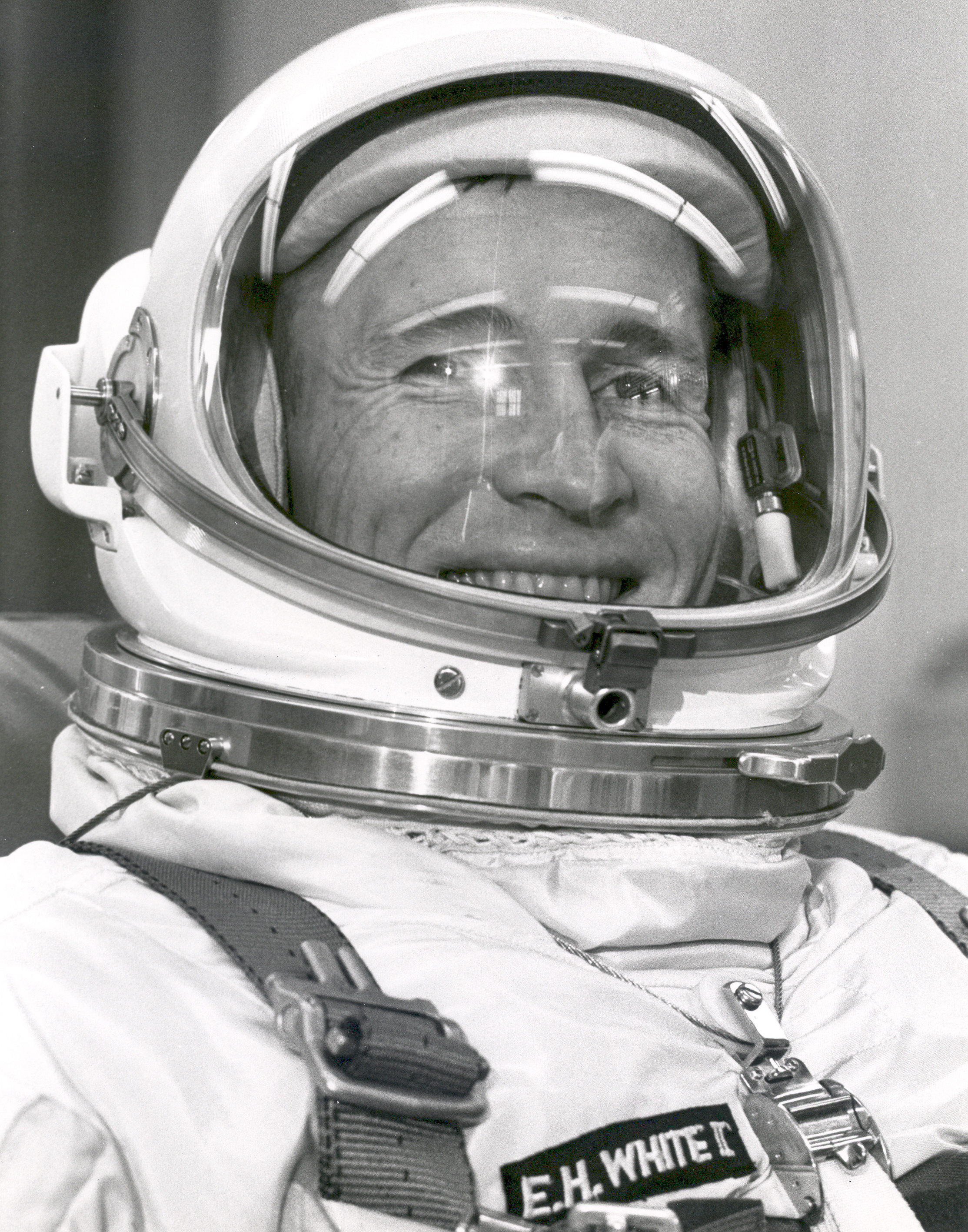 white apollo 1 astronaut - photo #25