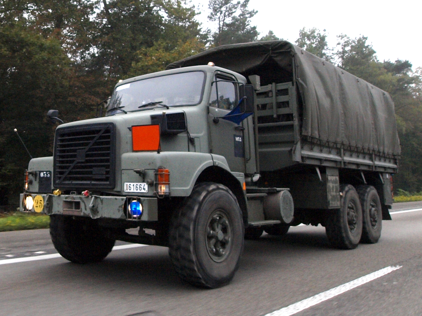 File Belgian Volvo Army Truck At The German Autobahn Pic2