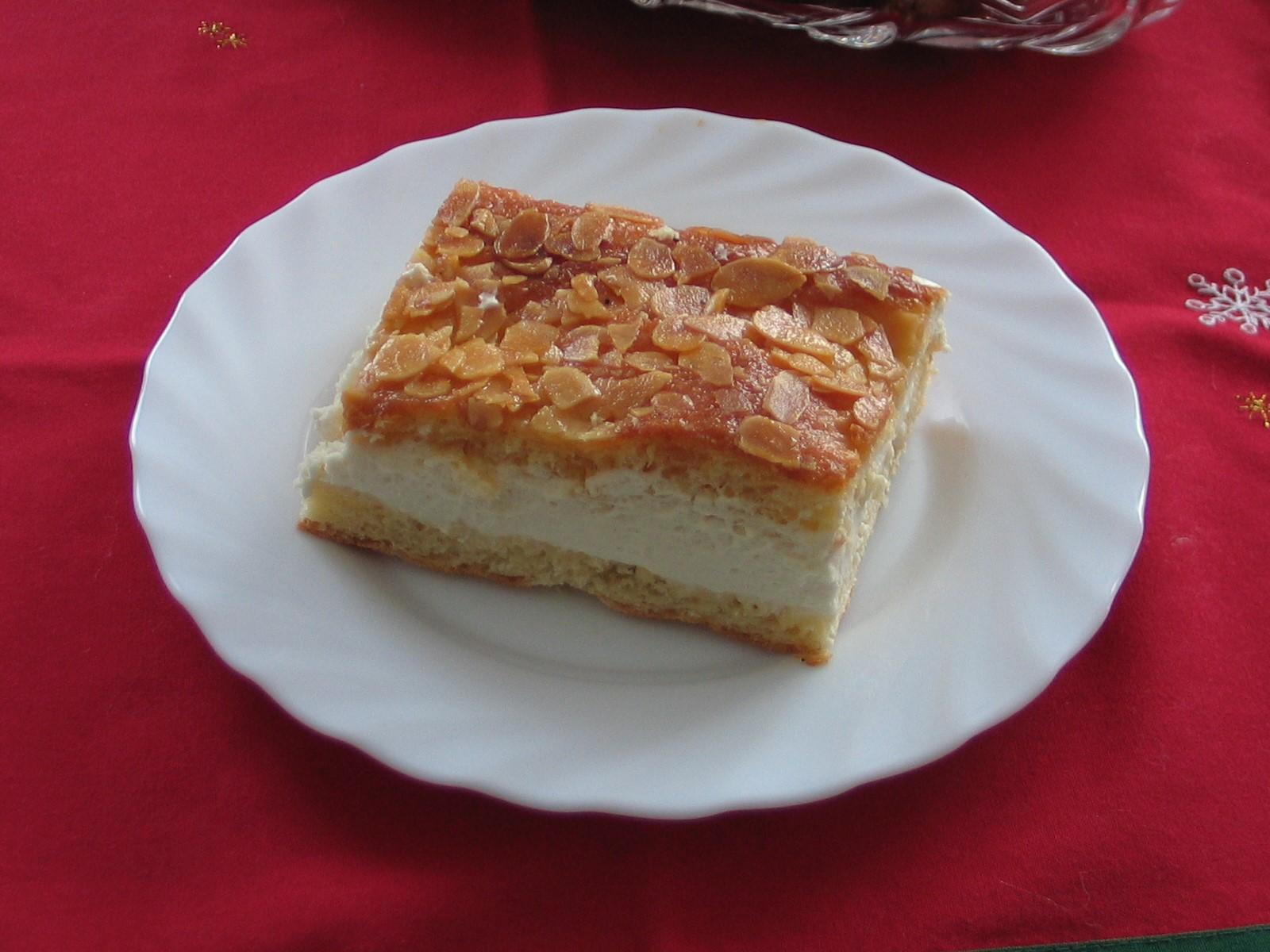German Bee Sting Cake History