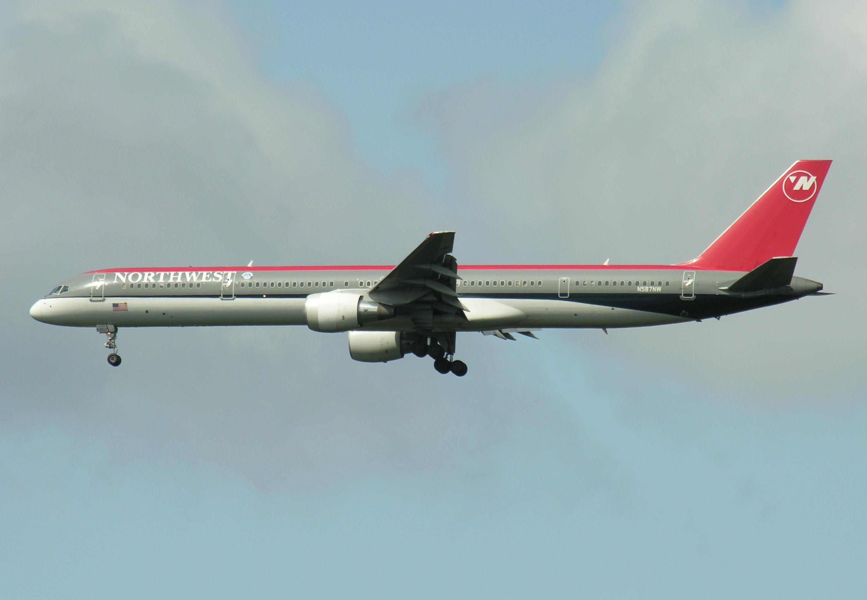 Boeing 757 Plane Related Keywords & Suggestions - Boeing 757