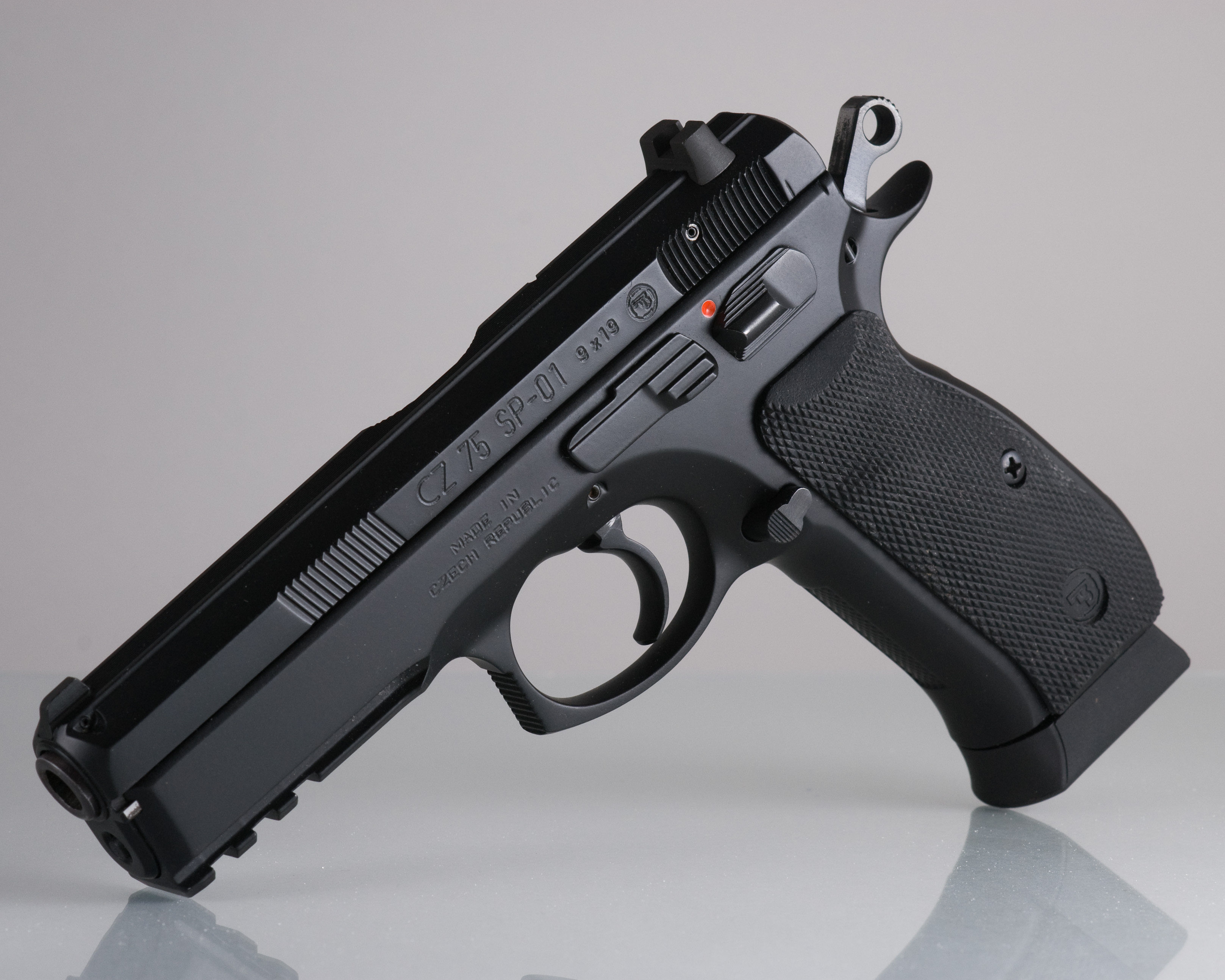 CZ 75 SP 01 Tactical vs CZ 75B? : guns