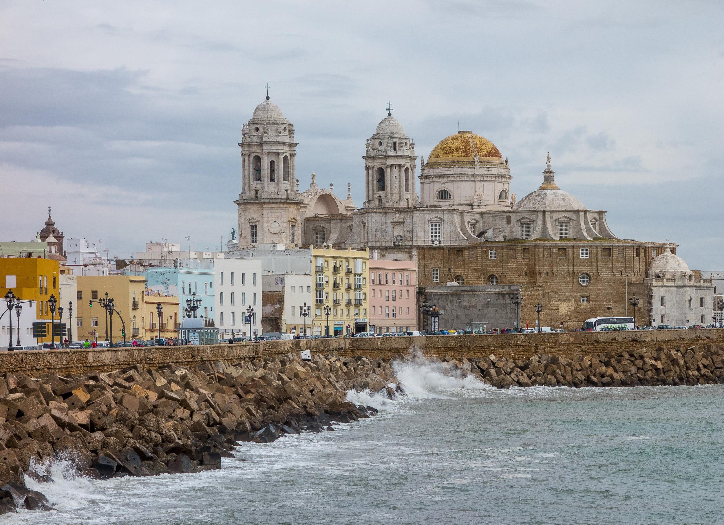 Cadiz Quay and Cathedral.jpg