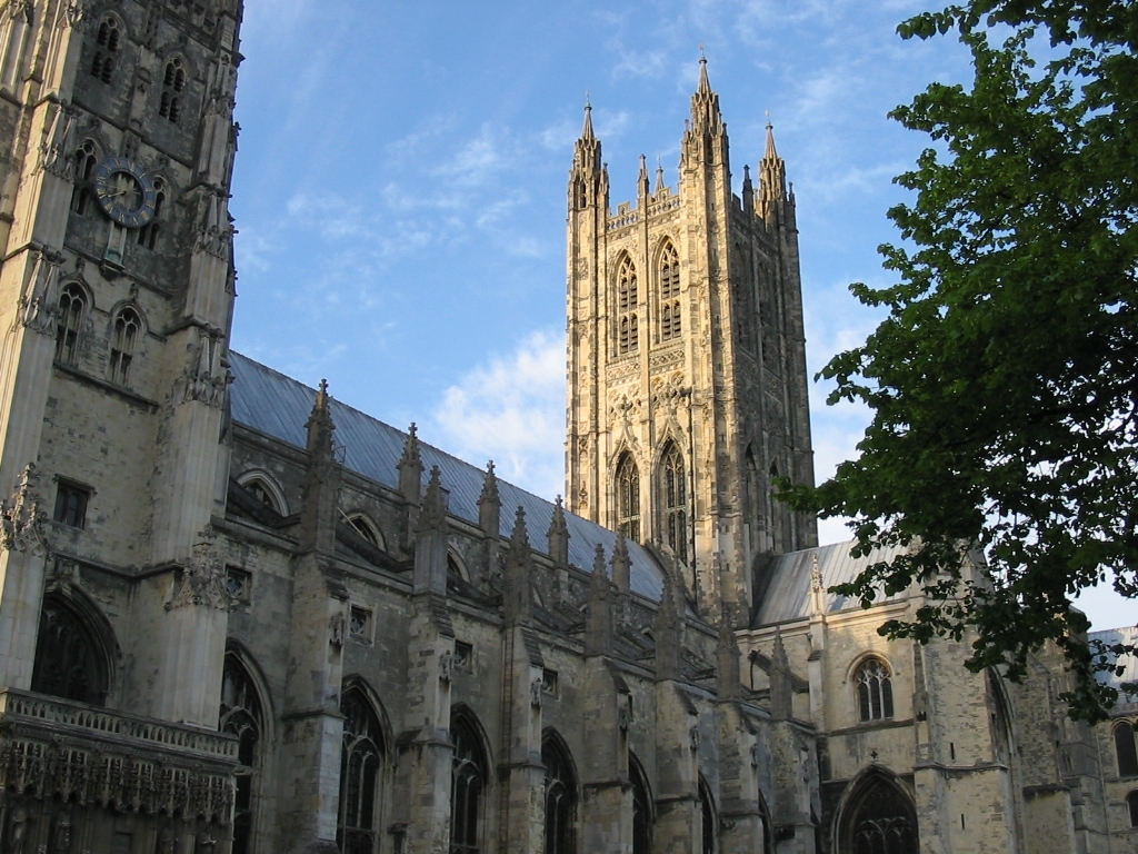 http://commons.wikipedia.org/wiki/File:Canterbury_cathedral.jpg