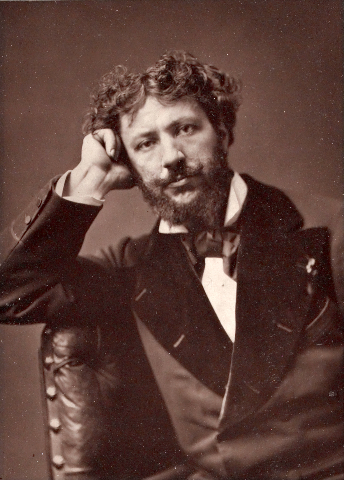 Charles Auguste Émile Duran c1880.jpg