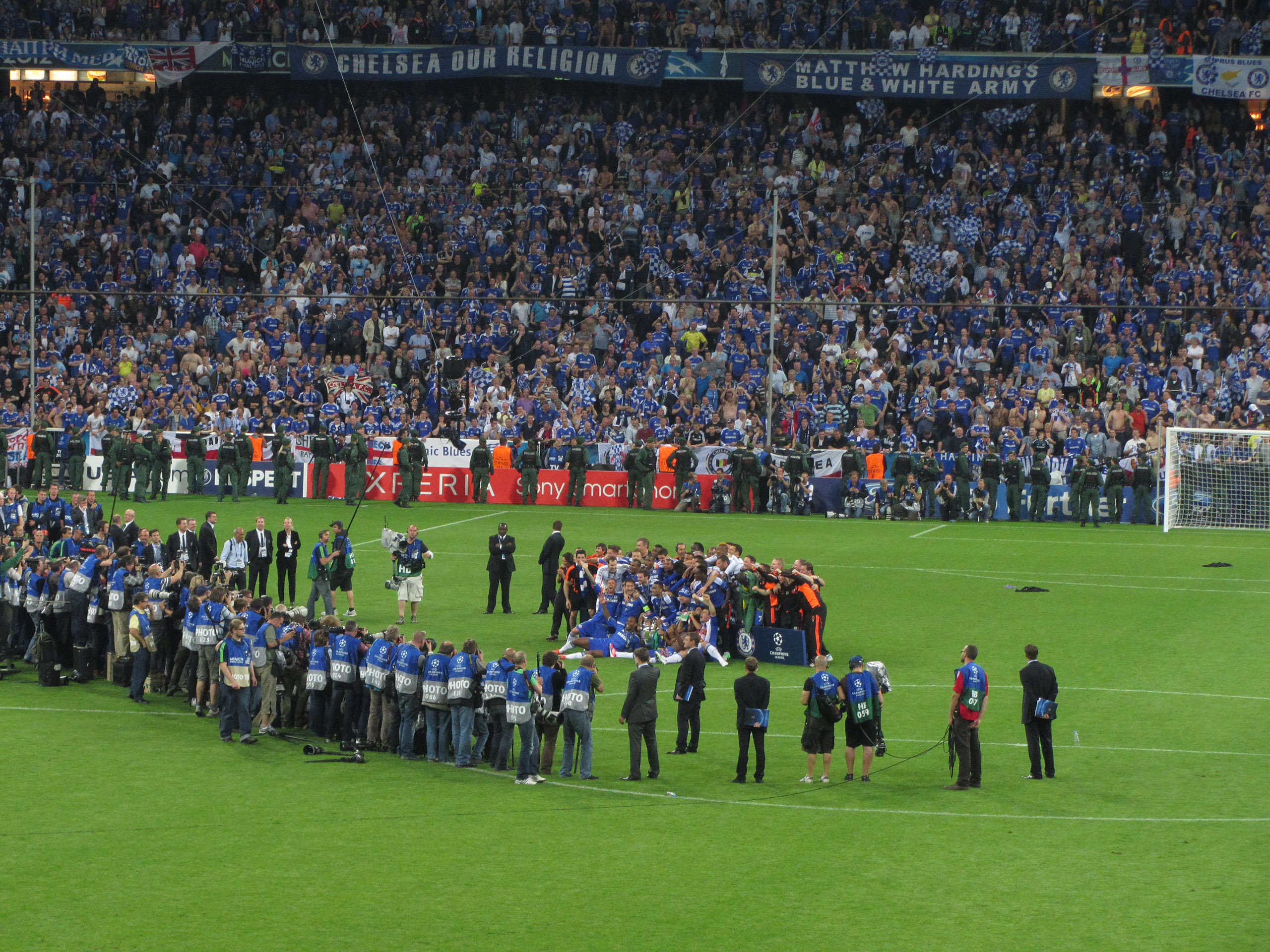 FileChelsea Champions League Winners Celebration 2012
