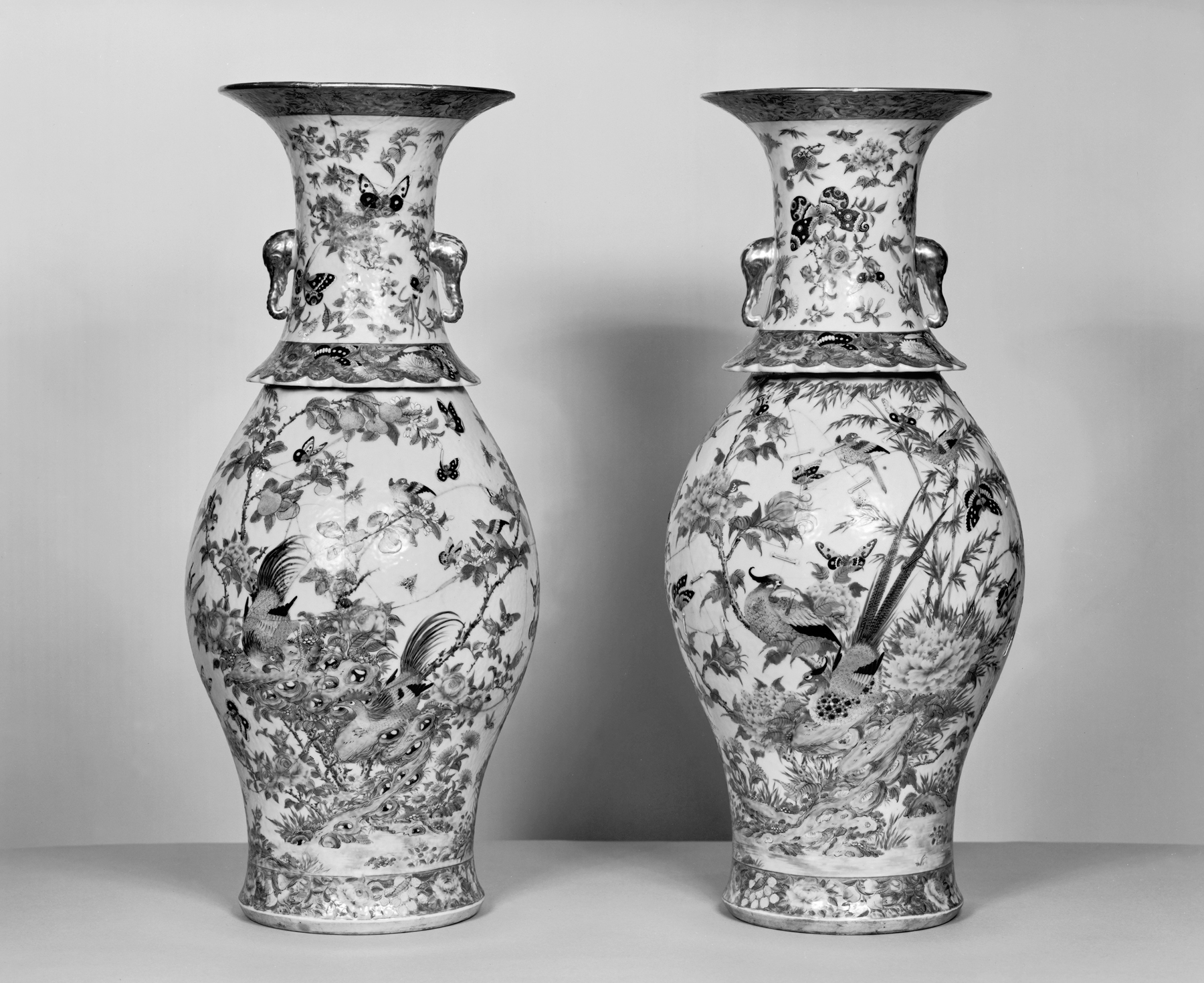 Filechinese pair of vases with flowers insects and birds filechinese pair of vases with flowers insects and birds walters reviewsmspy