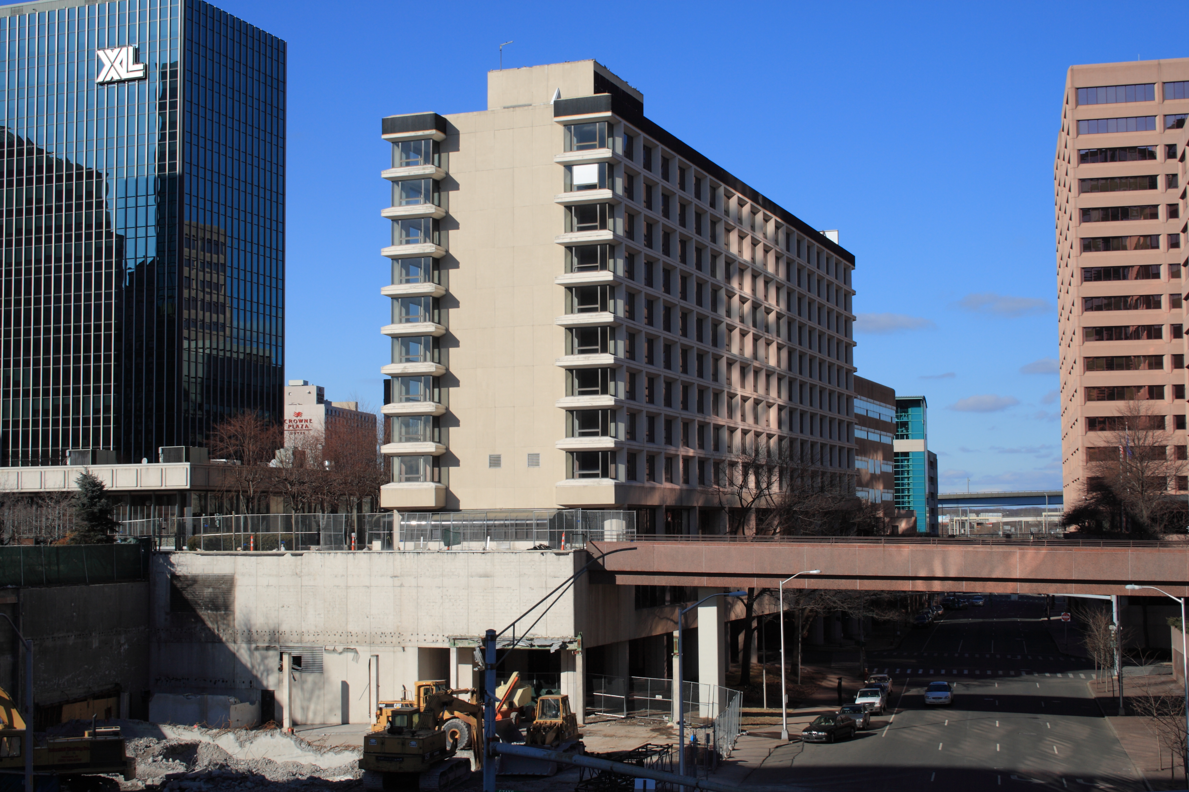 File clarion hotel building in hartford connecticut 2 for Builders in connecticut