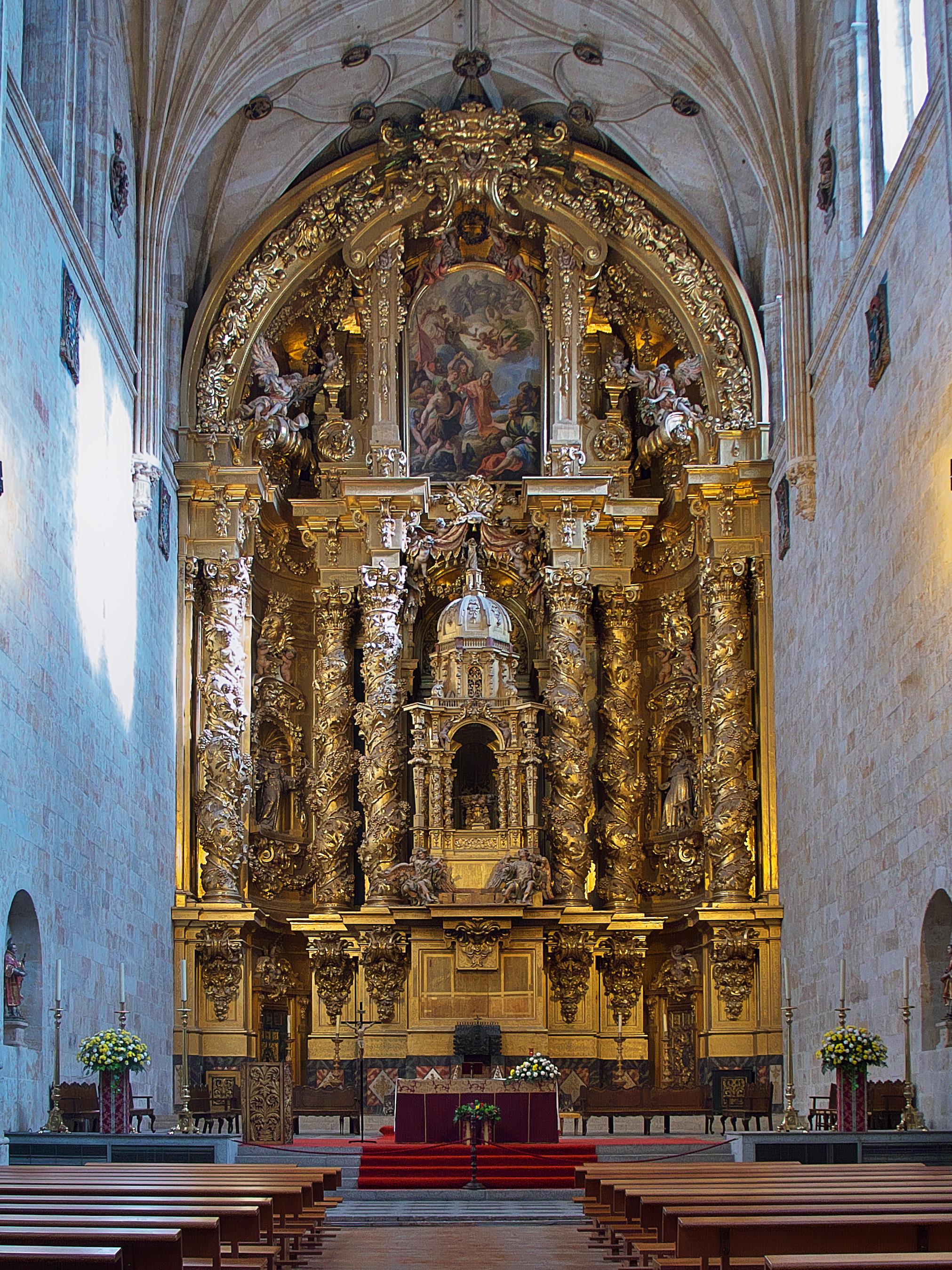 File:Convento de San Esteban, Salamanca. Retablo mayor.jpg ...