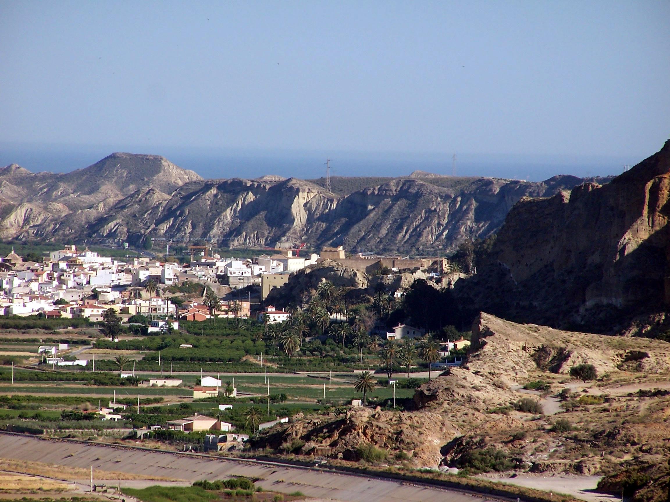 وكادت إسبانيا أن تختفي من الوجود!  Cuevas_Almanzora