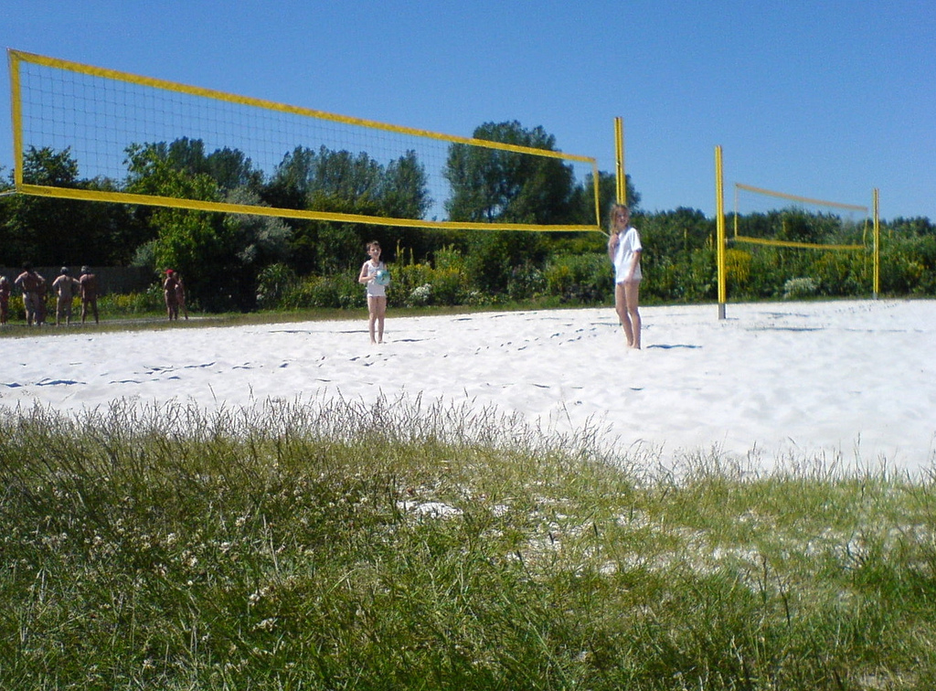 Description FKK-Gelande Sudstrand Beachvolleyball (2201431760).jpg