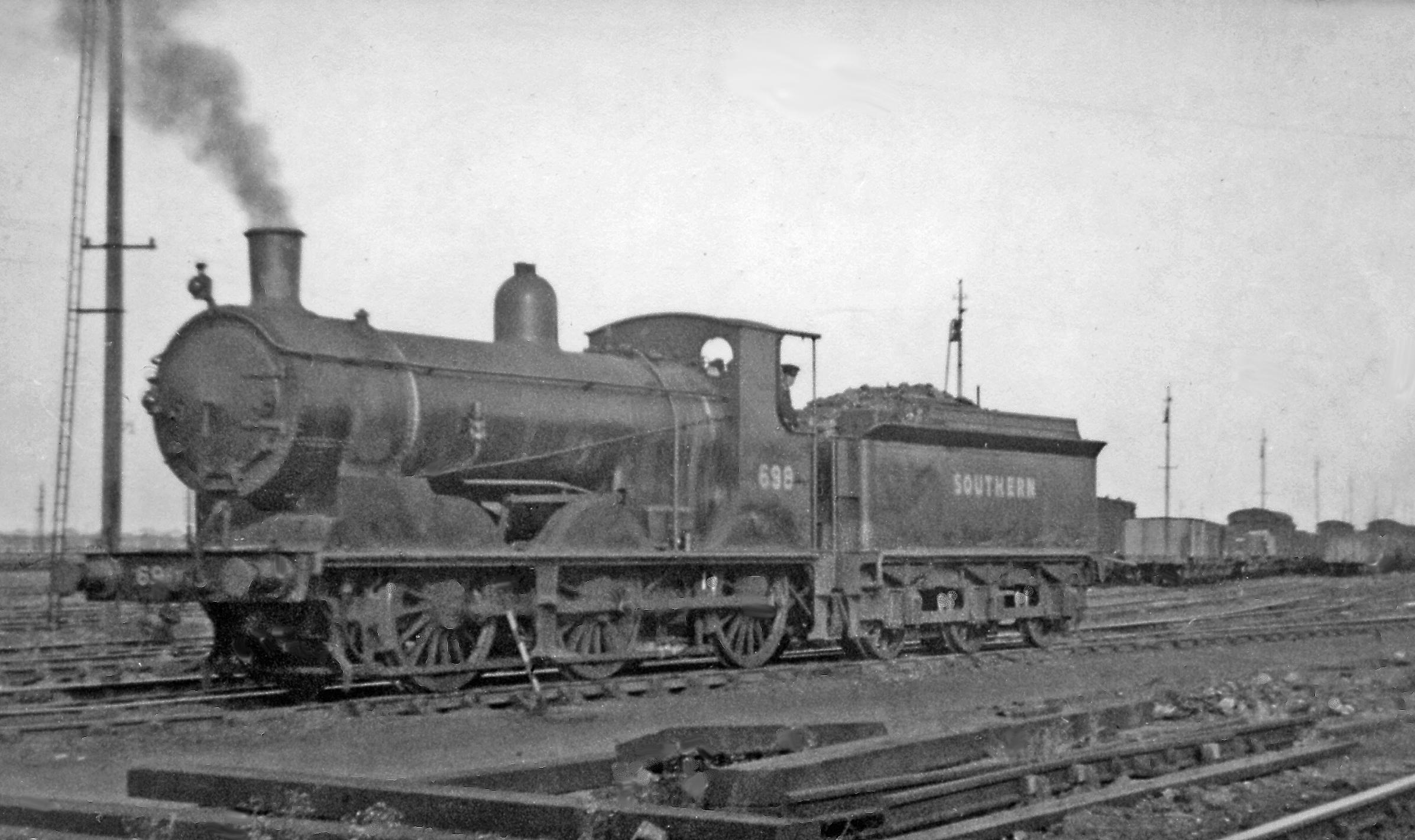File Feltham Locomotive Depot 700 Class Geograph 2979693