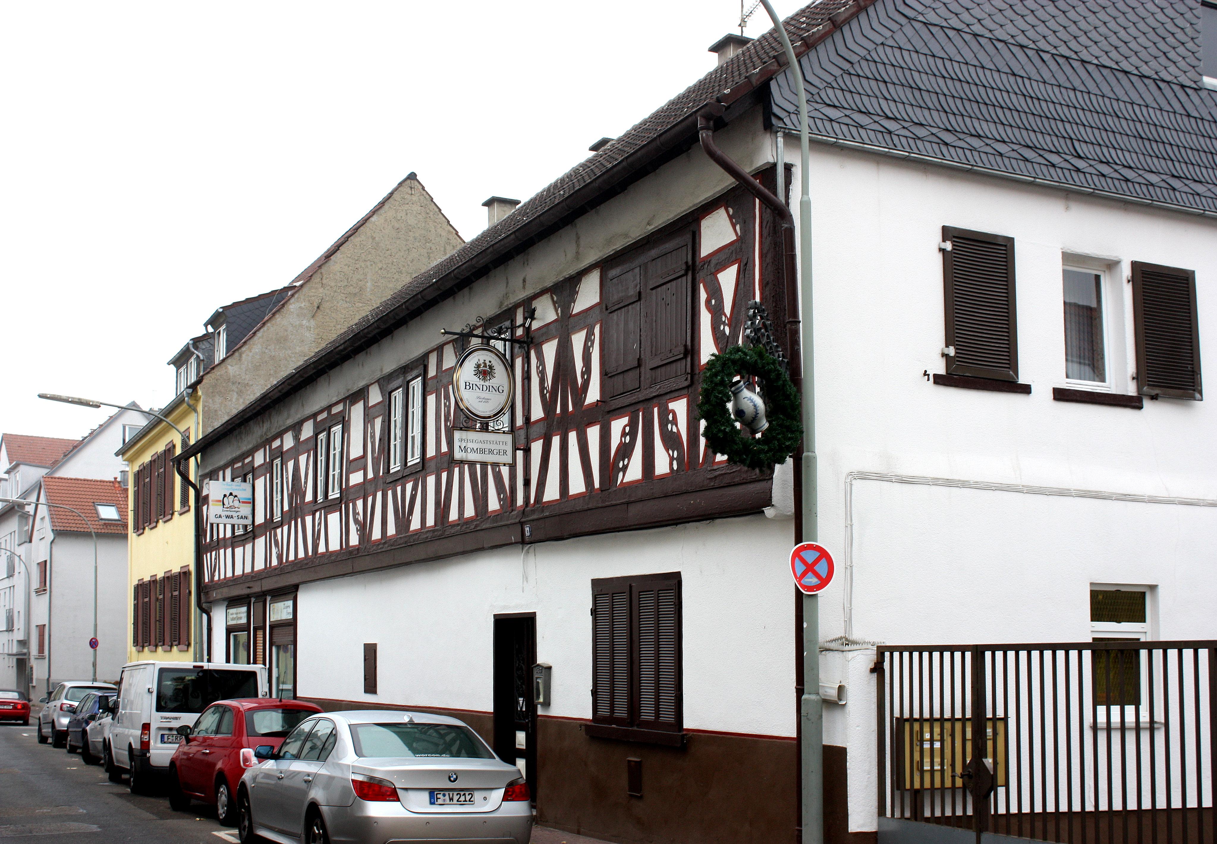 file frankfurt heddernheim the restaurant momberger jpg wikimedia commons. Black Bedroom Furniture Sets. Home Design Ideas
