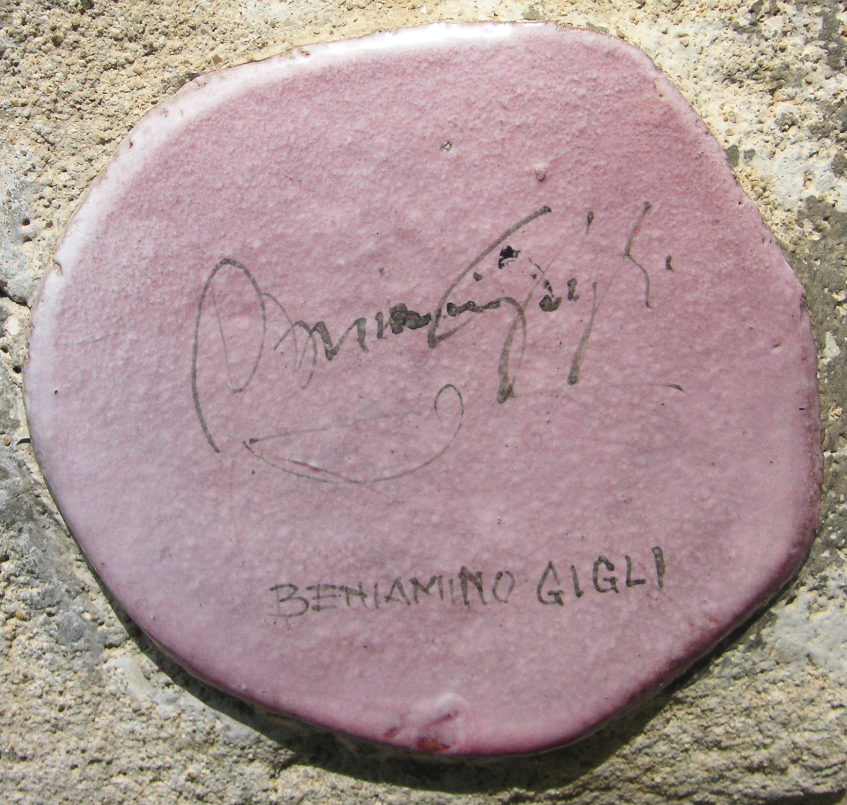 l'autografo sul muretto di alassio
