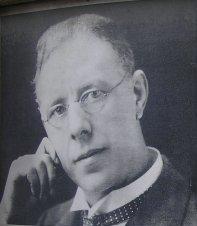Harry Brearley (cropped).jpg