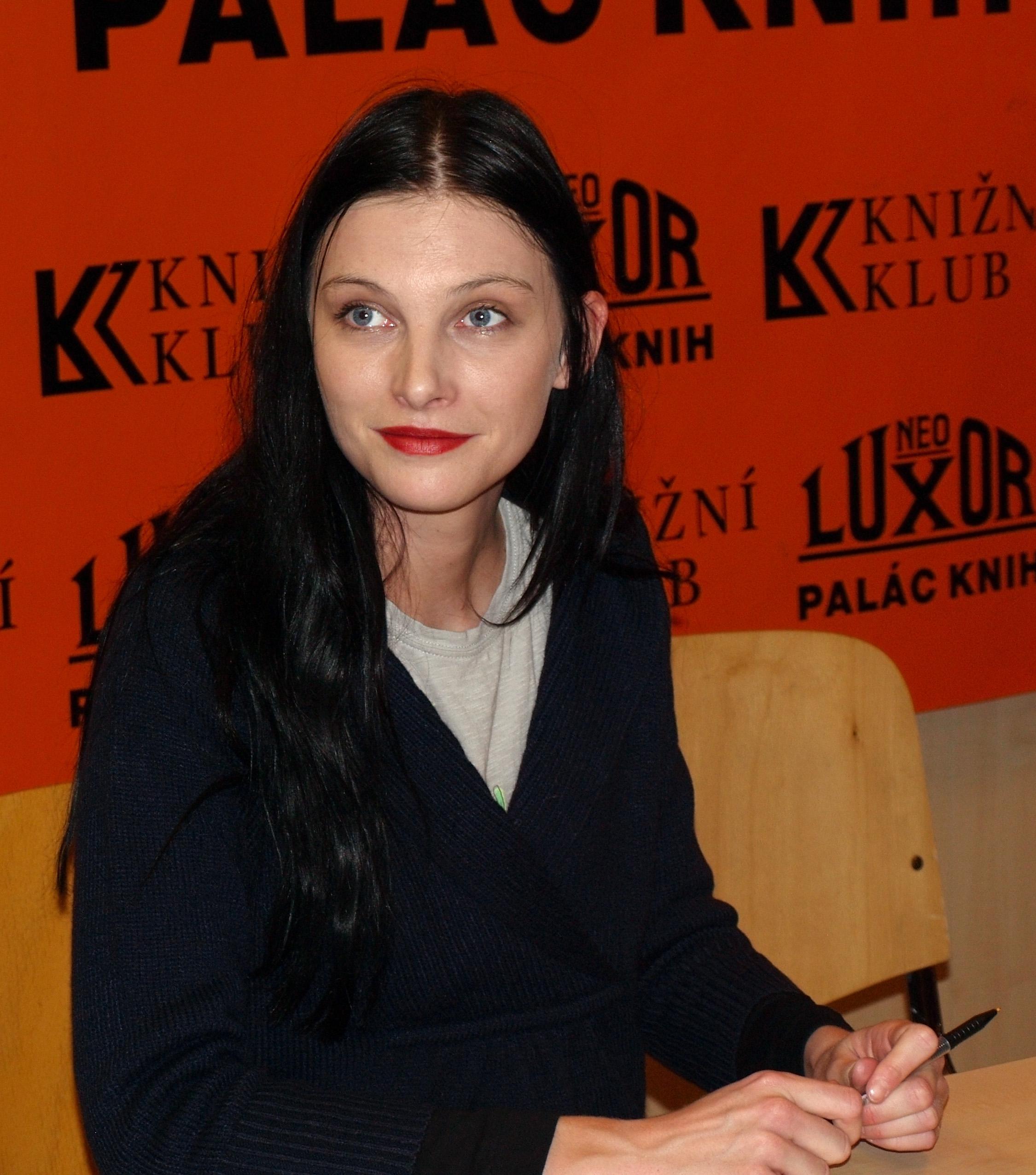 Iva Frühlingová in Prague (October 2009)