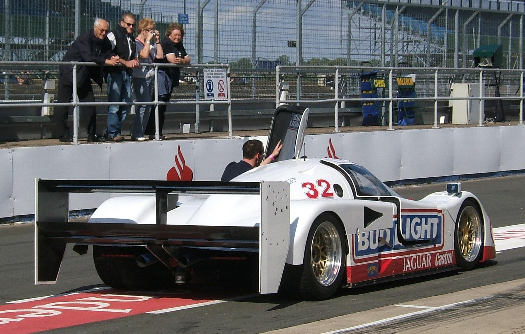 Jaguar Xjr 12