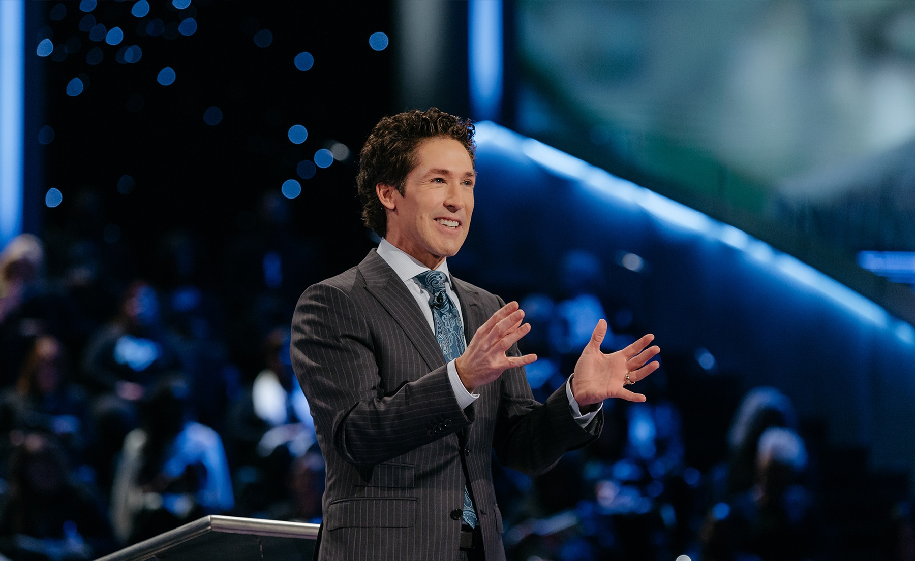 An Intimate Chat With Joel Osteen Sd Entertainer Magazine