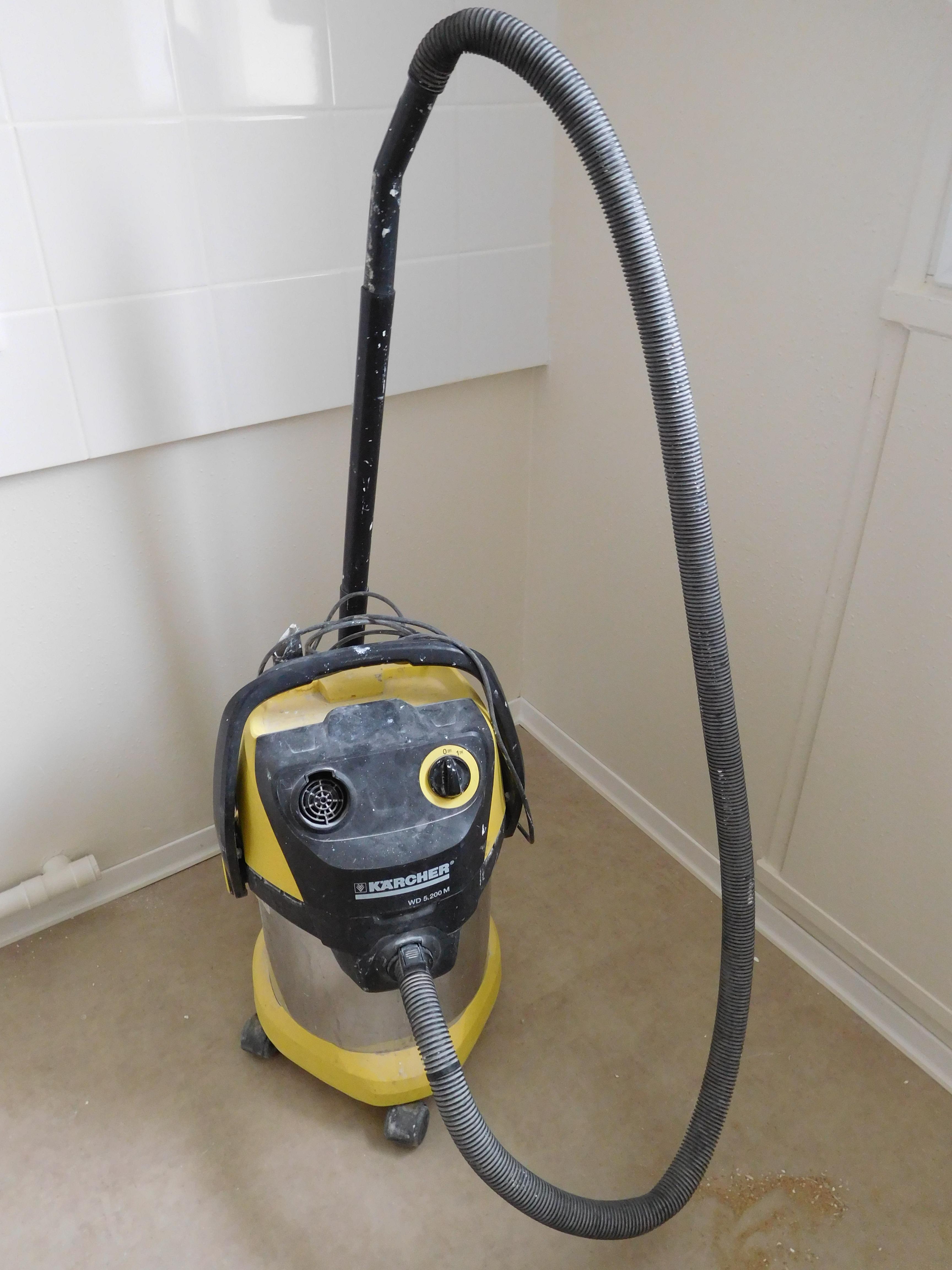 Filekrcher Wd 5201 M Vacuum Cleaner Front View Wikimedia Karcher 2