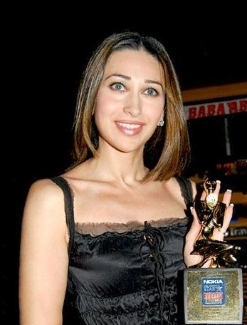 English: Indian actress Karisma Kapoor
