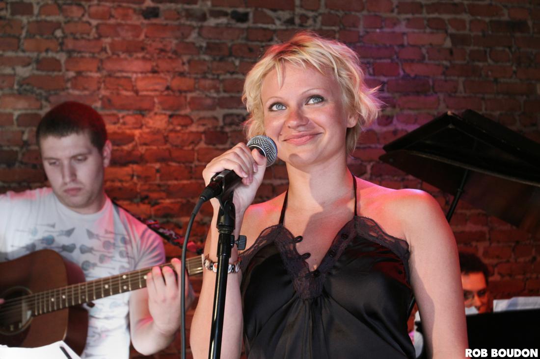 File:Katya Zakharova at Rockwood Music Hall - New York ...