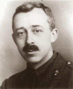 Kenneth Edgeworth Irish astronomer, economist and engineer