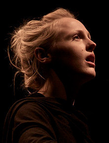 Un primo piano di Laura Marling