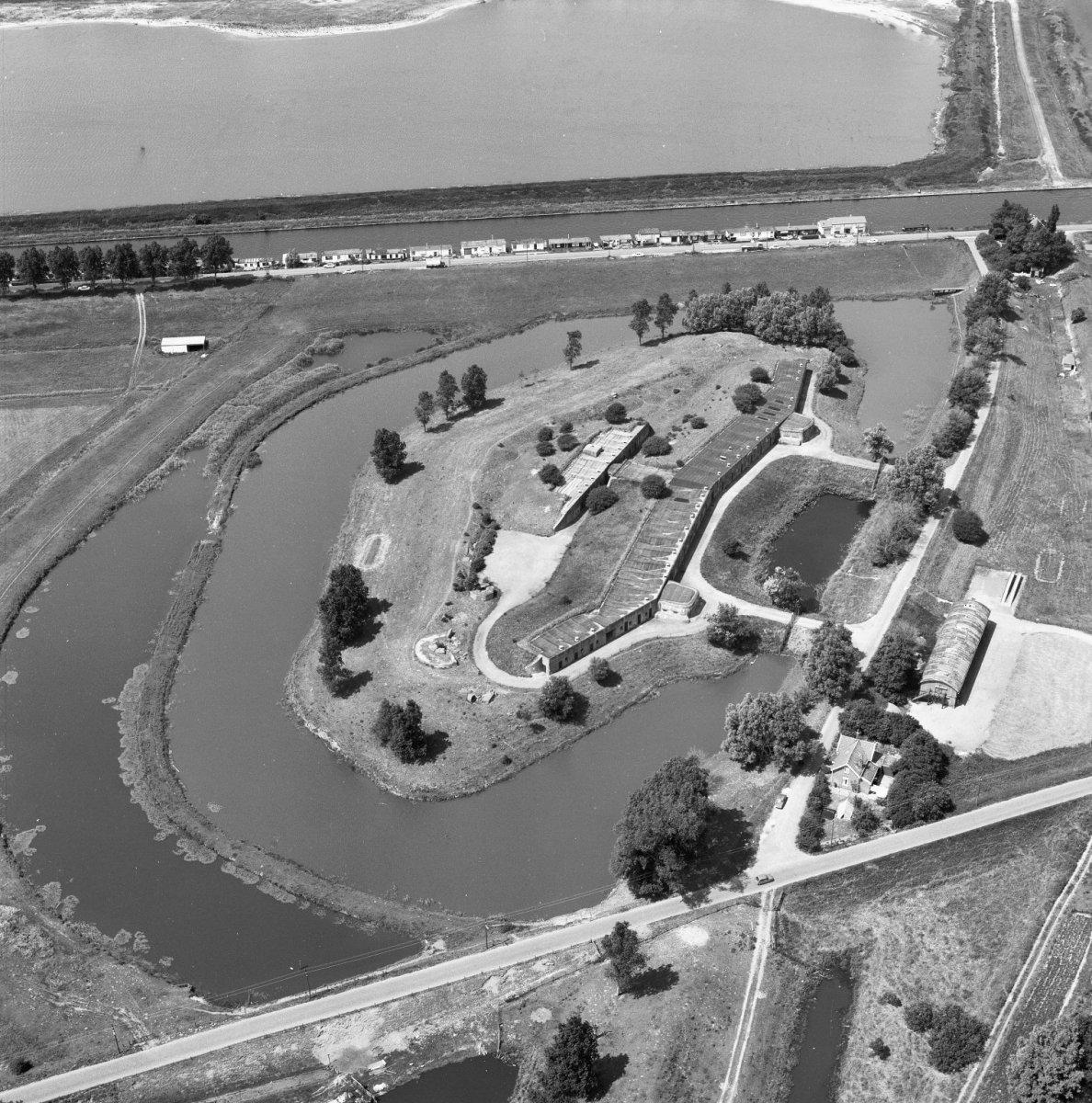 Fort Vijfhuizen - Wikiwand
