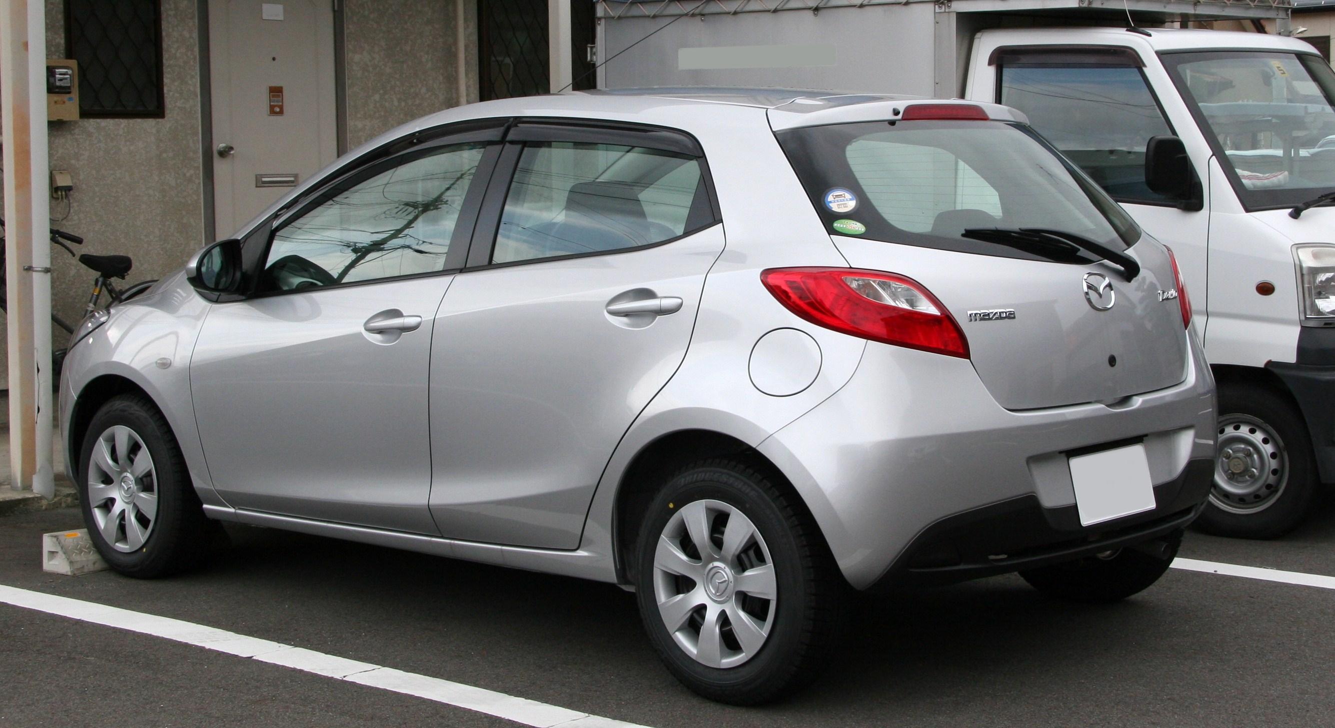 File Mazda Demio De Rear Jpg Wikimedia Commons