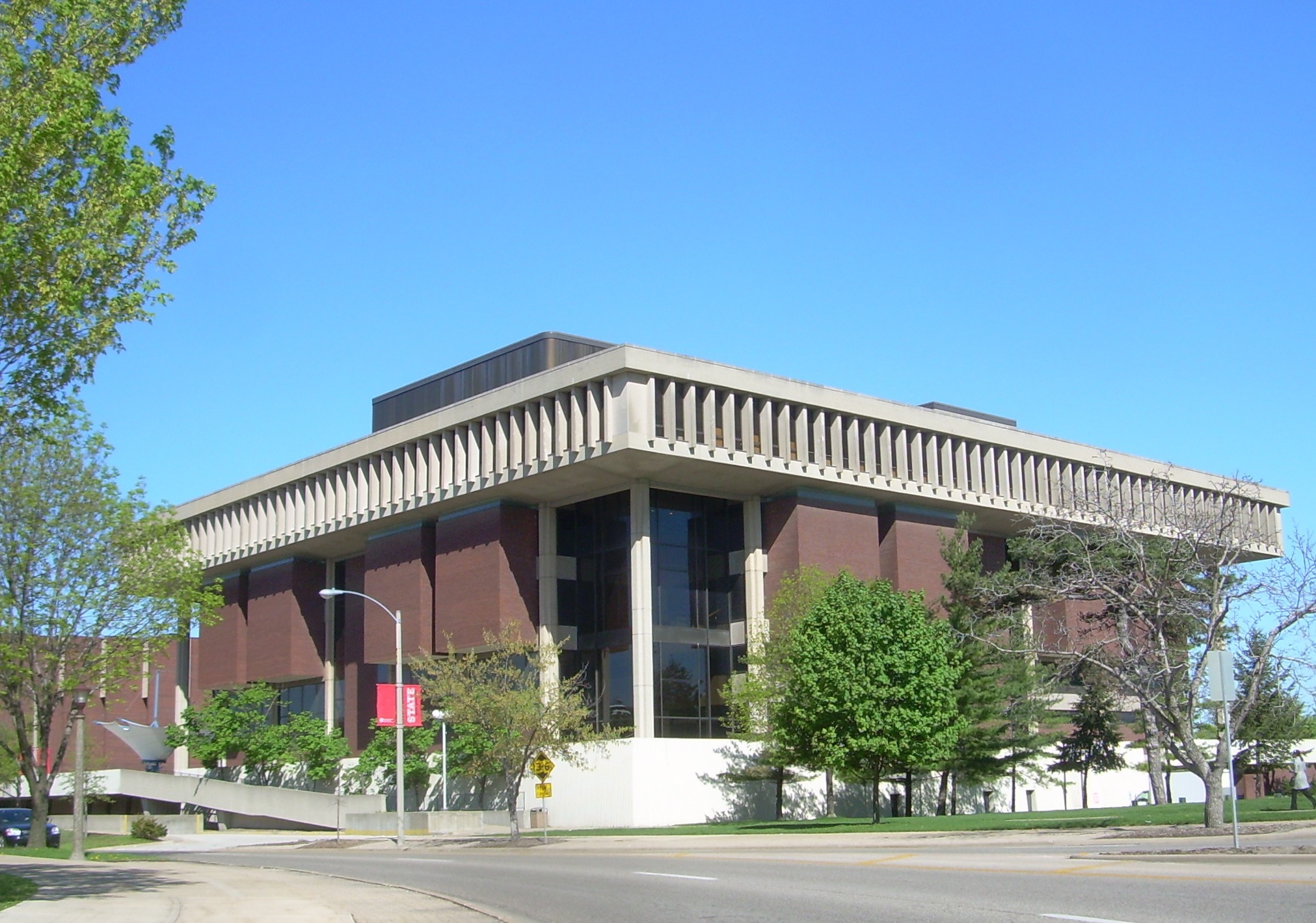 Illinois state university from wikipedia by publicscrutiny Image collections