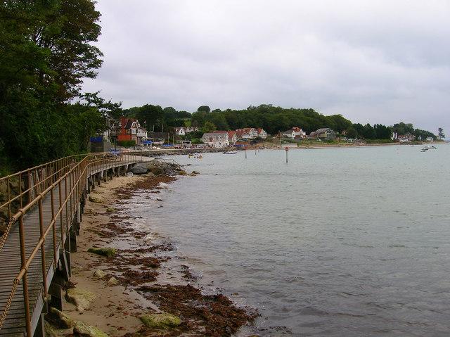 Nettlestone Sea Front - geograph.org.uk - 530911