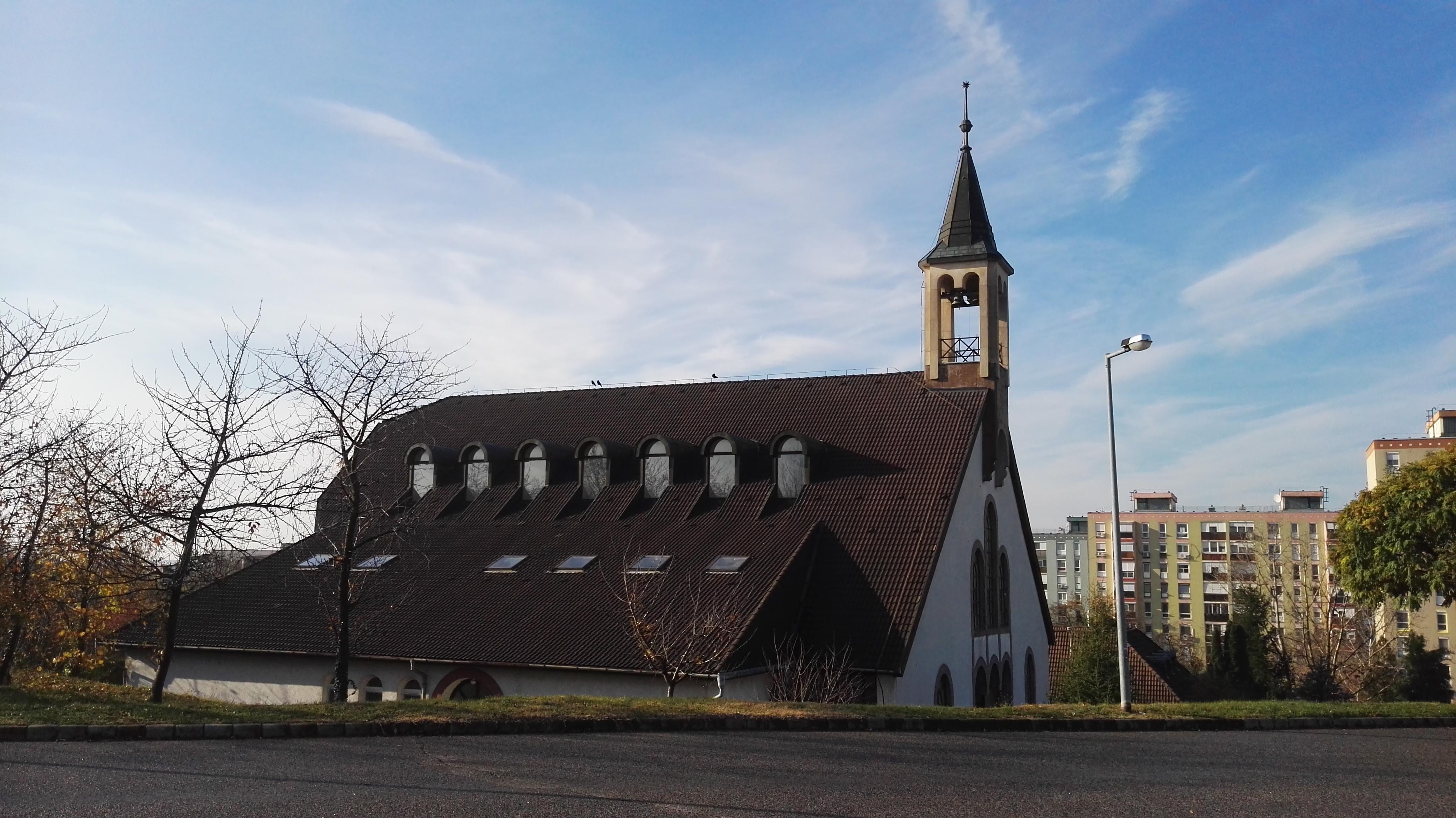 Pecs Kertvarosi Reformatus Templom Wikipedia