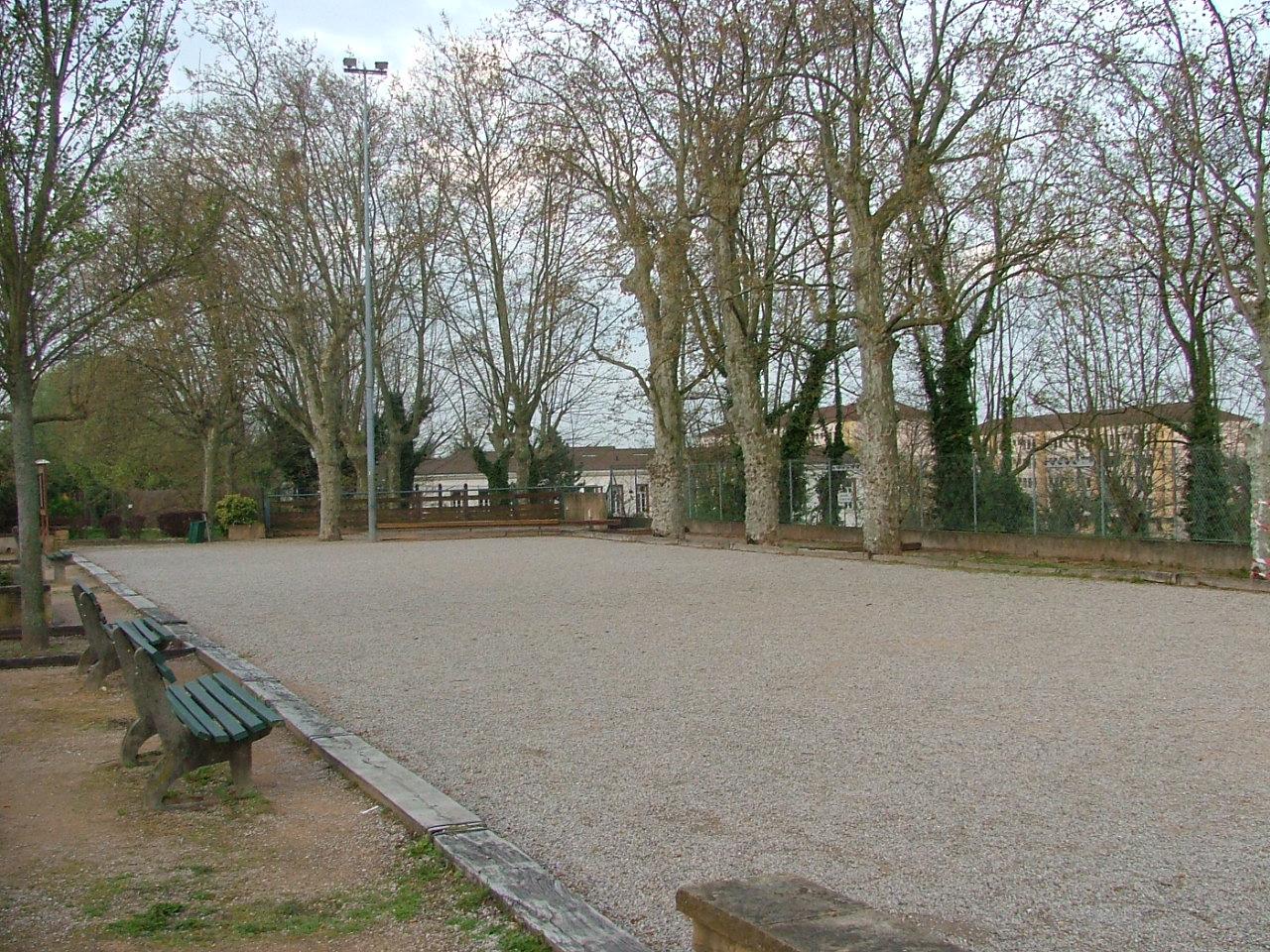 Sathonay-Camp France  City new picture : Fichier:Pétanque Sathonay Camp — Wikipédia