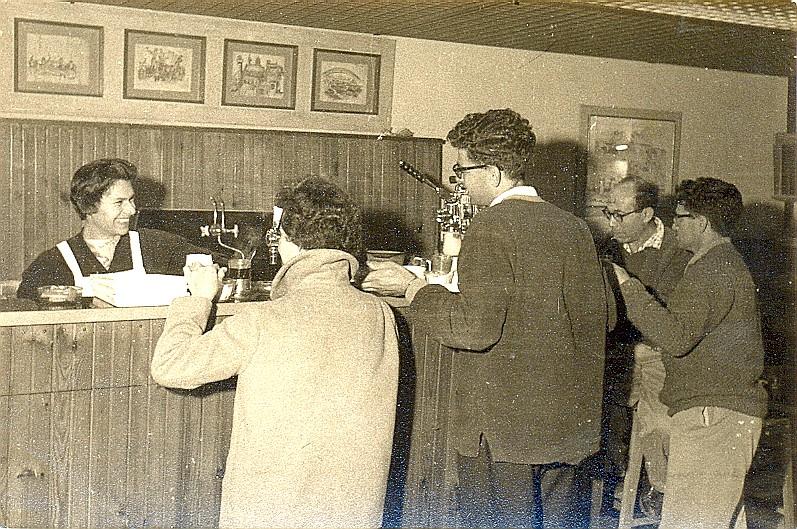 בית הקפה הראשון בתנועה הקיבוצית