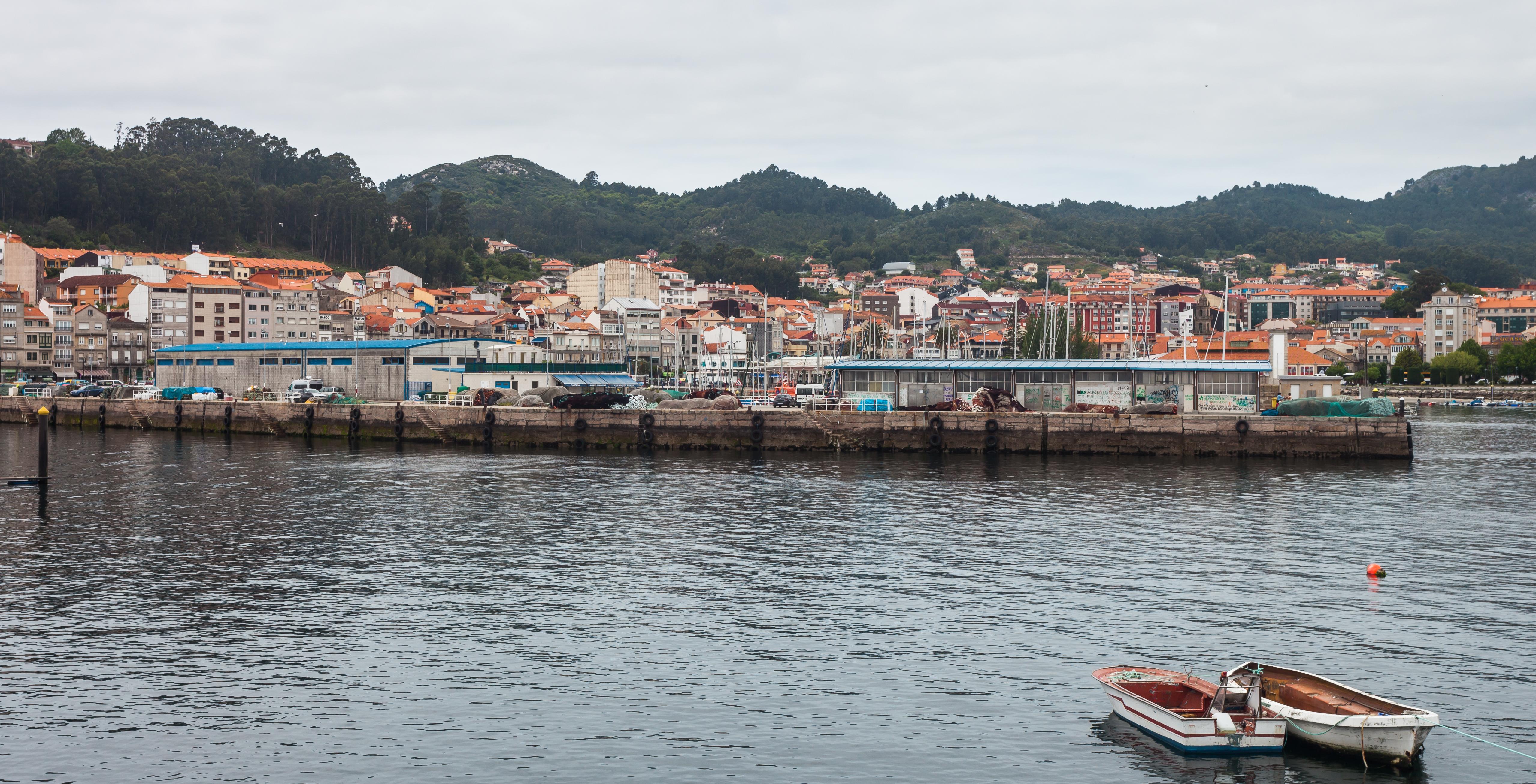 Cangas Spain  city images : Porto de Cangas. Ría de Vigo. Galiza Spain 32 Wikimedia ...