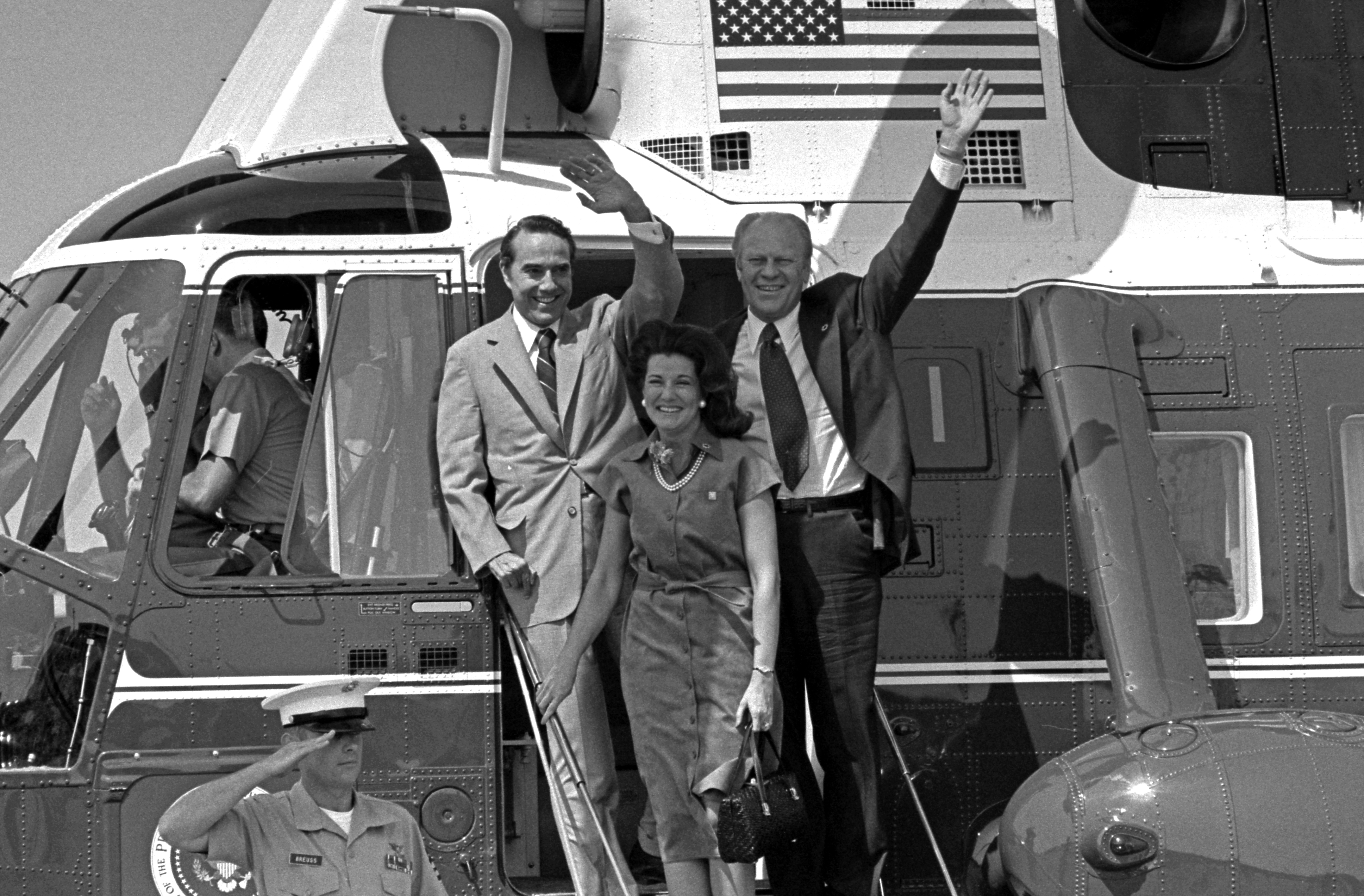 nixon helicopter photo with File President Ford  Senator Robert Dole And Mrs  Elizabeth Dole   Nara   7027917 on GJQAnDS0sV blog additionally Stunning Pictures From Vietnam War additionally Mississippi River Flood Thousands Forced Evacuate Homes besides Photos Of Missouri Floods December 2015 January 2016 likewise Far Cry 5 Side Missions Guide.