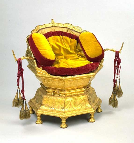 Maharaja Ranjit Singh's throne - Wikipedia