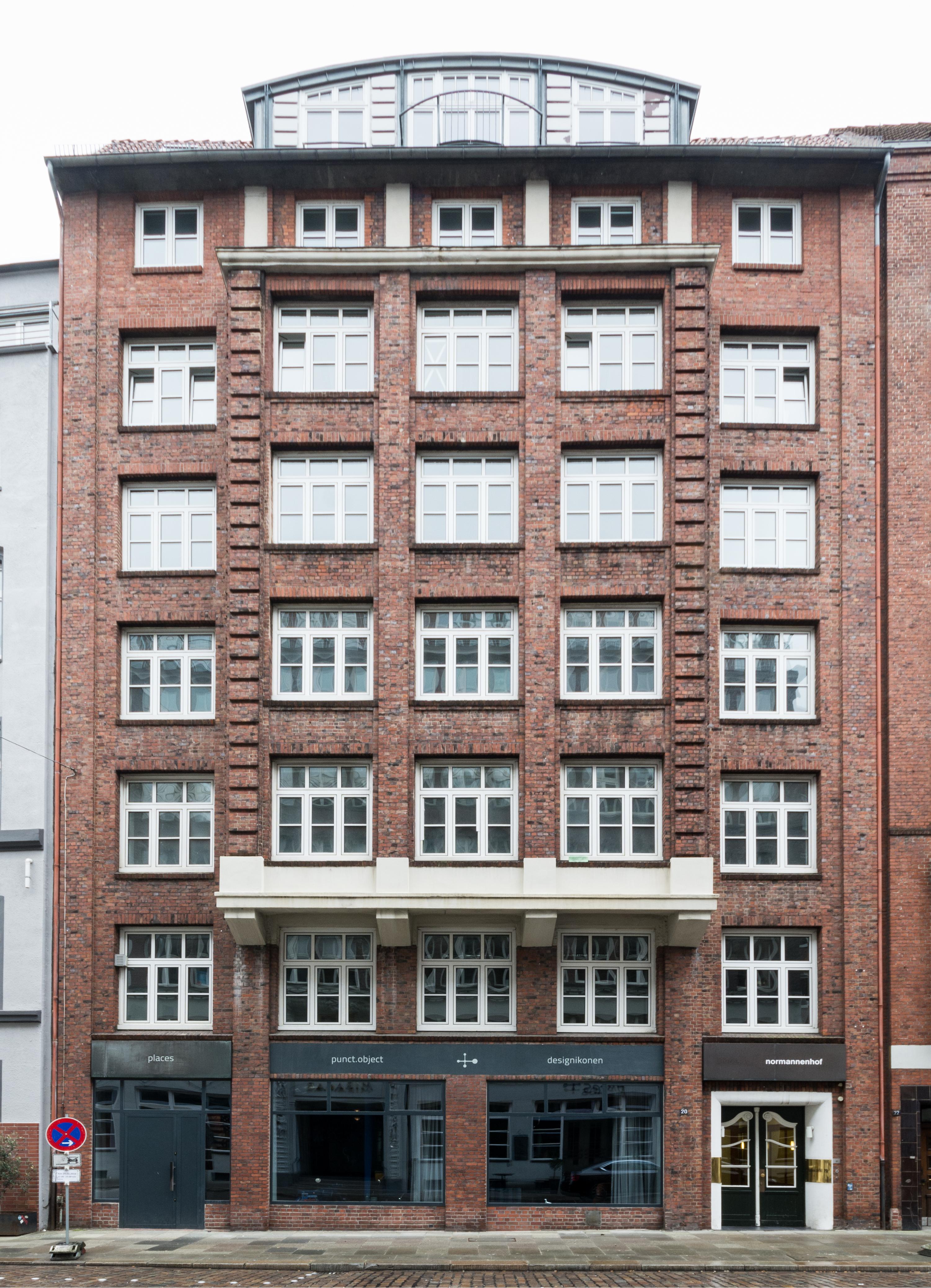 Punct Object Hamburg file:schopenstehl 20 (hamburg-altstadt).12264.ajb - wikimedia
