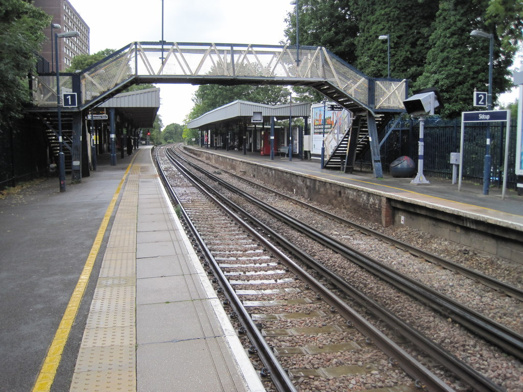 Sidcup railway station, Greater London.jpg