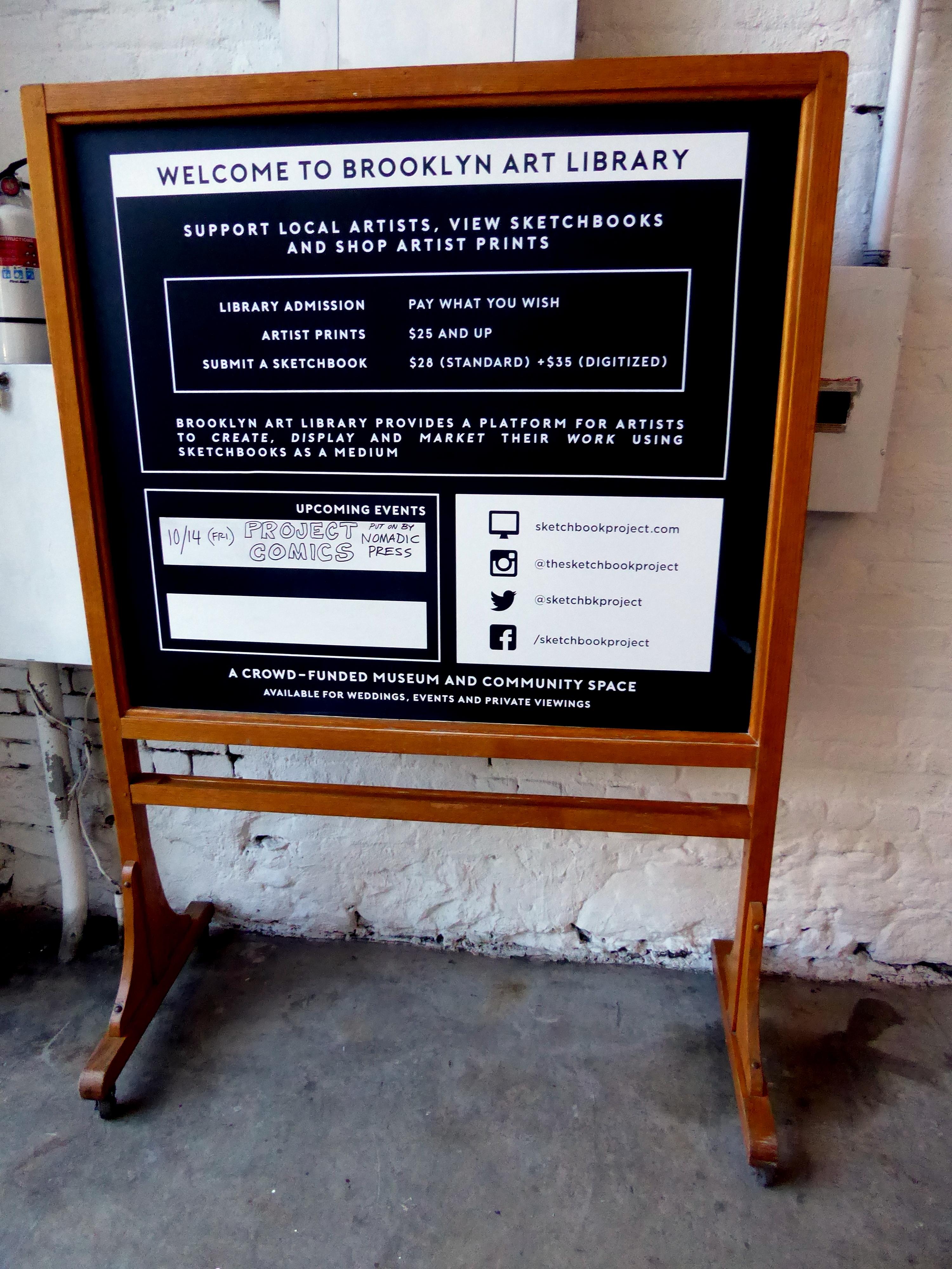 https://upload.wikimedia.org/wikipedia/commons/6/68/Sign_Brooklyn_Art_Library.jpg