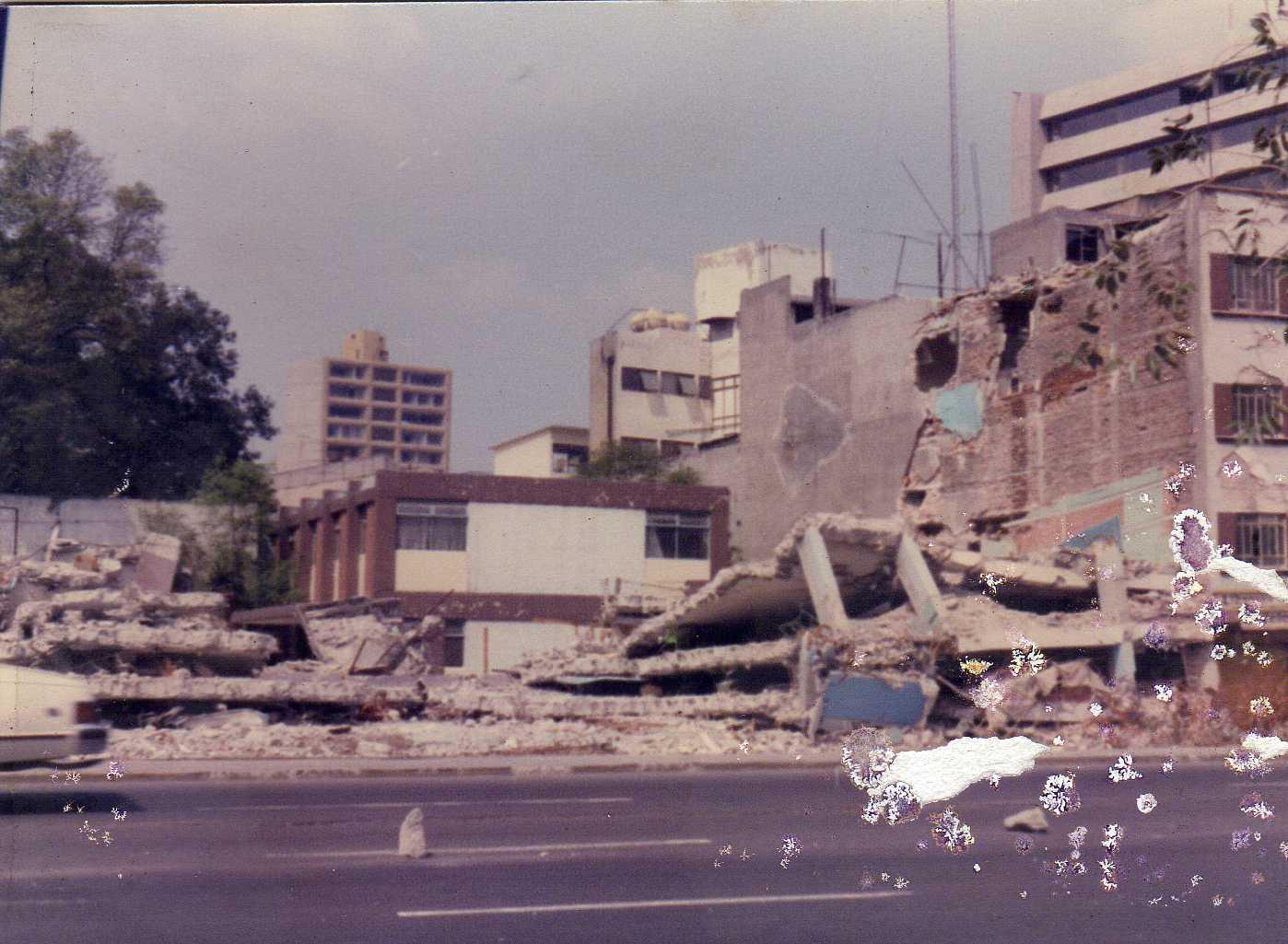 Mexico City Earthquake Cake